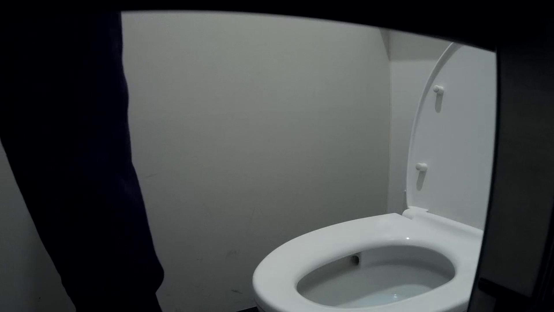 有名大学女性洗面所 vol.50 個室には3つの「目」があるみたいです。 高画質動画 おめこ無修正画像 53画像 29