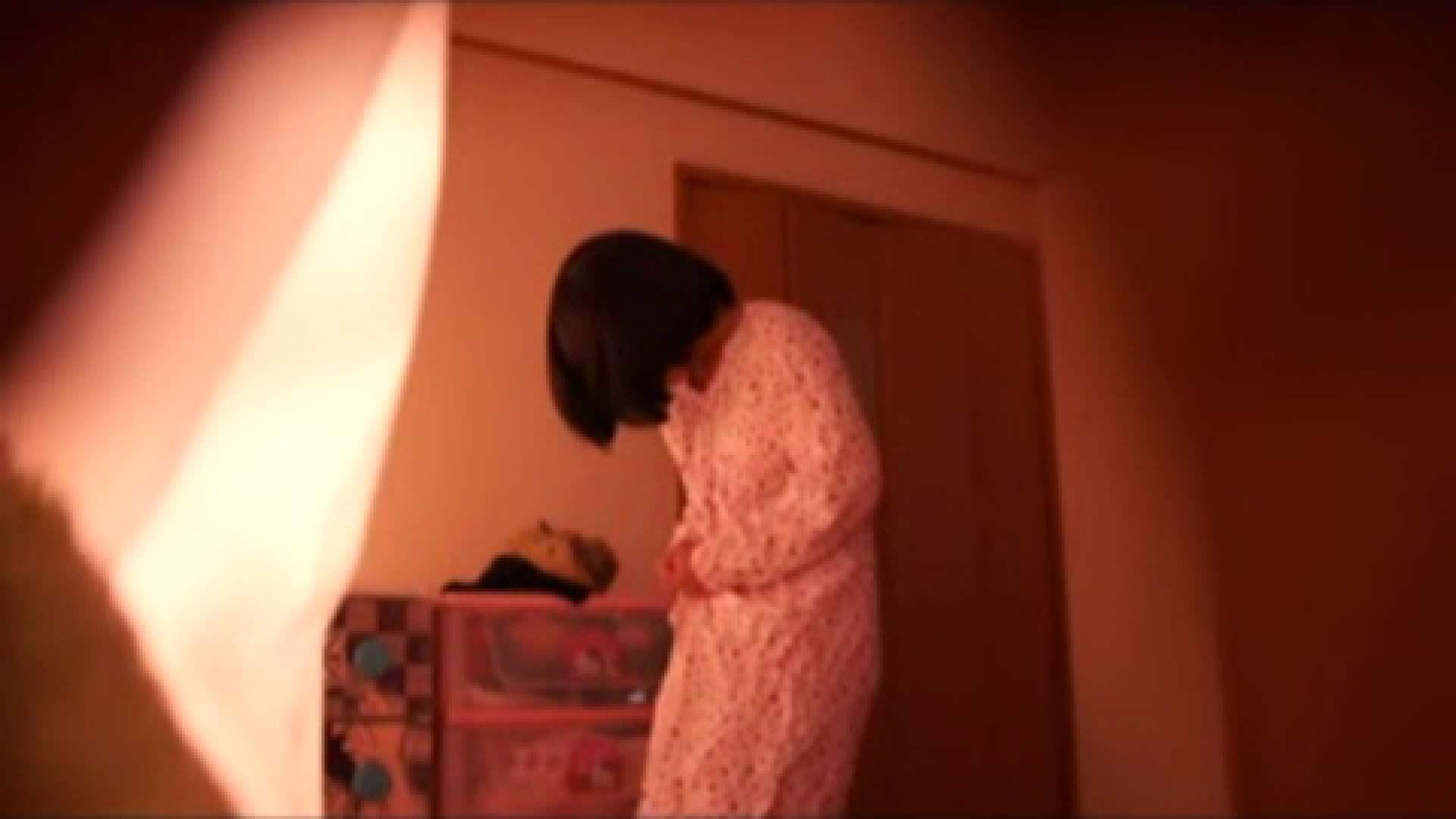 vol.2 まりこさんのお着替え、就寝前の映像です。 アラ30 戯れ無修正画像 71画像 13