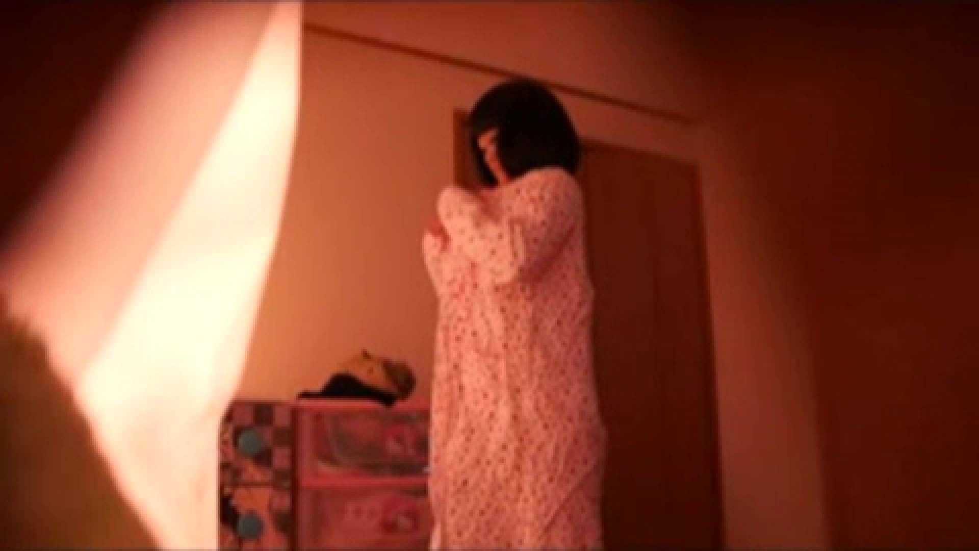 vol.2 まりこさんのお着替え、就寝前の映像です。 民家  71画像 35