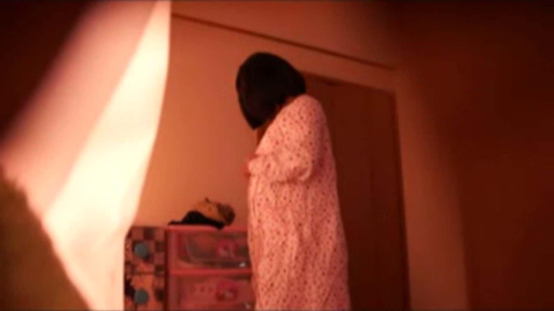 vol.2 まりこさんのお着替え、就寝前の映像です。 民家  71画像 50
