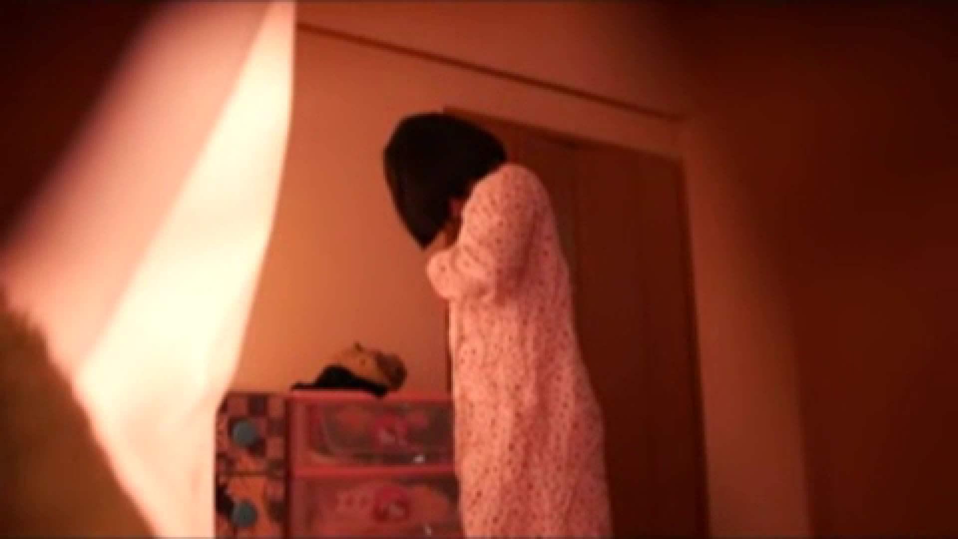 vol.2 まりこさんのお着替え、就寝前の映像です。 民家  71画像 55
