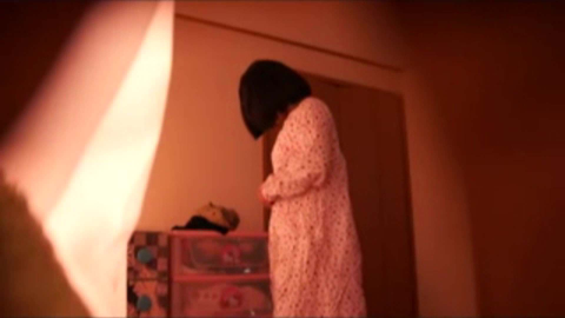 vol.2 まりこさんのお着替え、就寝前の映像です。 民家 | ○族  71画像 56