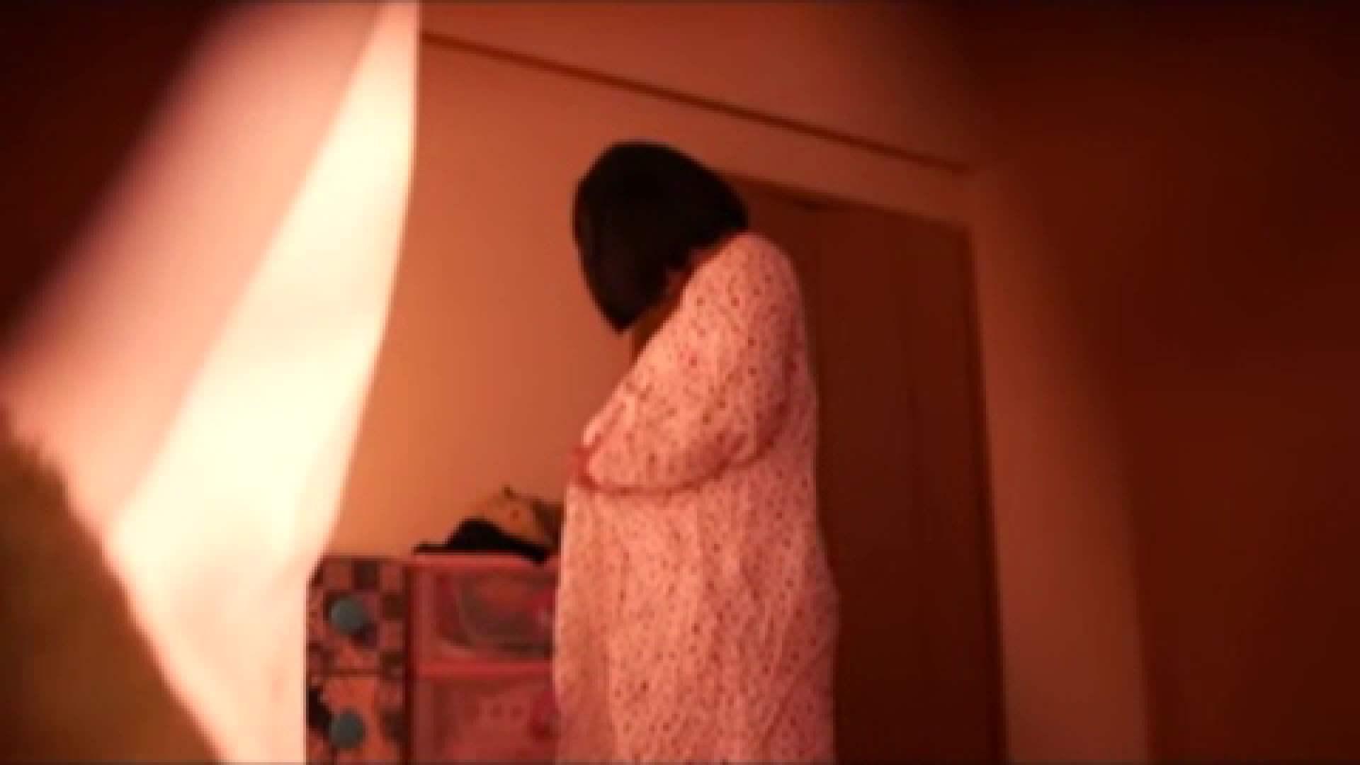 vol.2 まりこさんのお着替え、就寝前の映像です。 アラ30 戯れ無修正画像 71画像 58