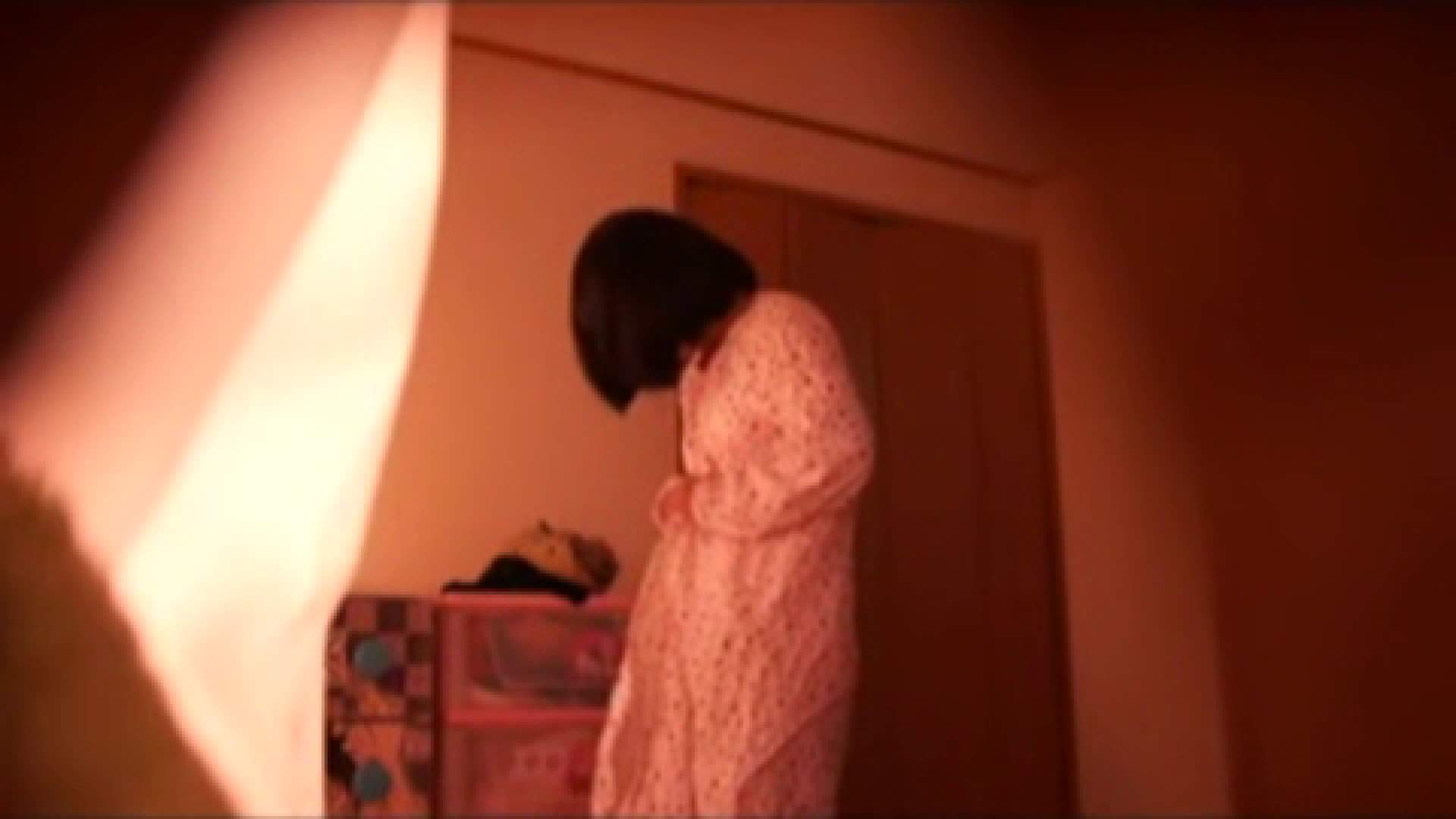 vol.2 まりこさんのお着替え、就寝前の映像です。 民家 | ○族  71画像 71