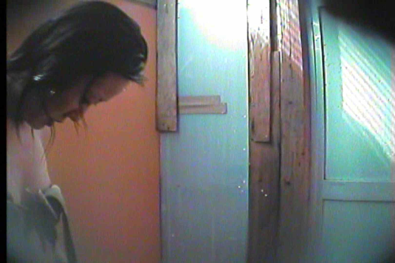 海の家の更衣室 Vol.17 高画質動画  100画像 64