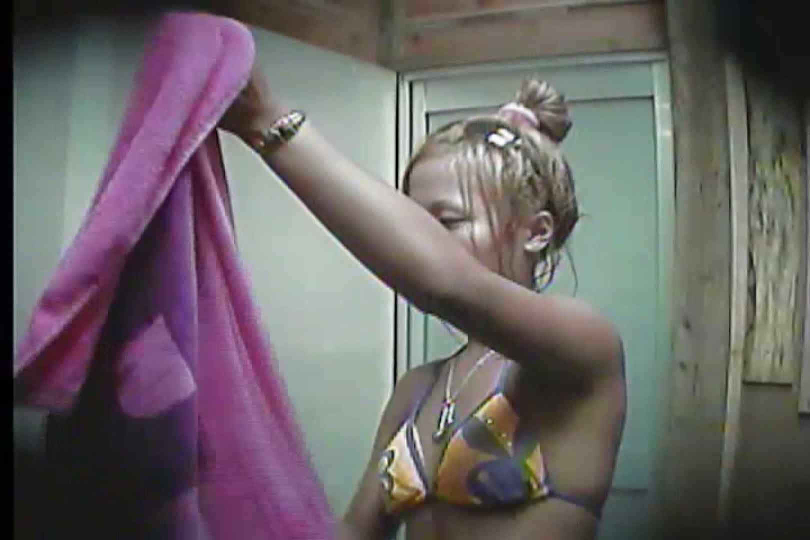 海の家の更衣室 Vol.20 シャワー室 オメコ動画キャプチャ 100画像 13
