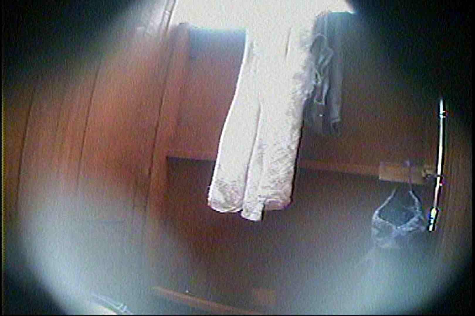 海の家の更衣室 Vol.27 ギャルズ おめこ無修正画像 70画像 44