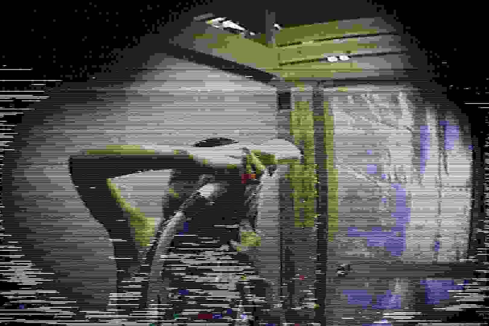 海の家の更衣室 Vol.45 シャワー | 高画質動画  78画像 25