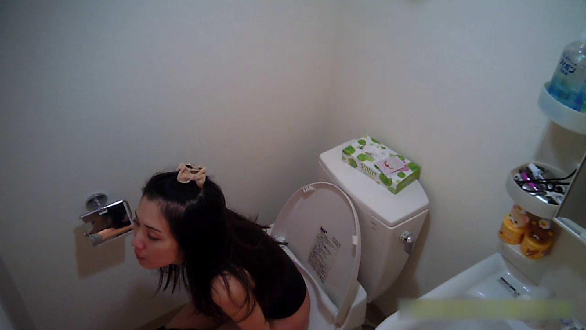 清楚な顔してかなり敏感なE子25歳(仮名)Vol.05 裸でトイレ編 エッチなお姉さん | 美乳  105画像 64