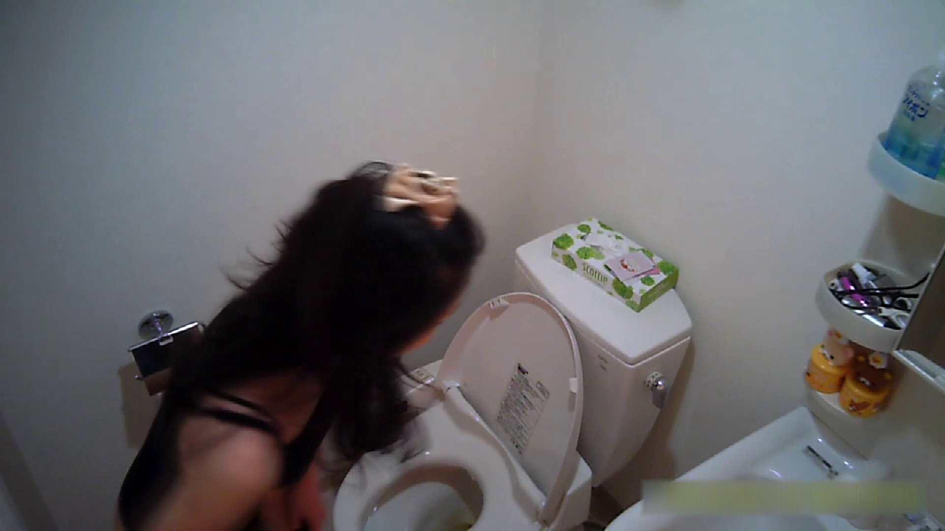 清楚な顔してかなり敏感なE子25歳(仮名)Vol.05 裸でトイレ編 シャワー室 スケベ動画紹介 105画像 68