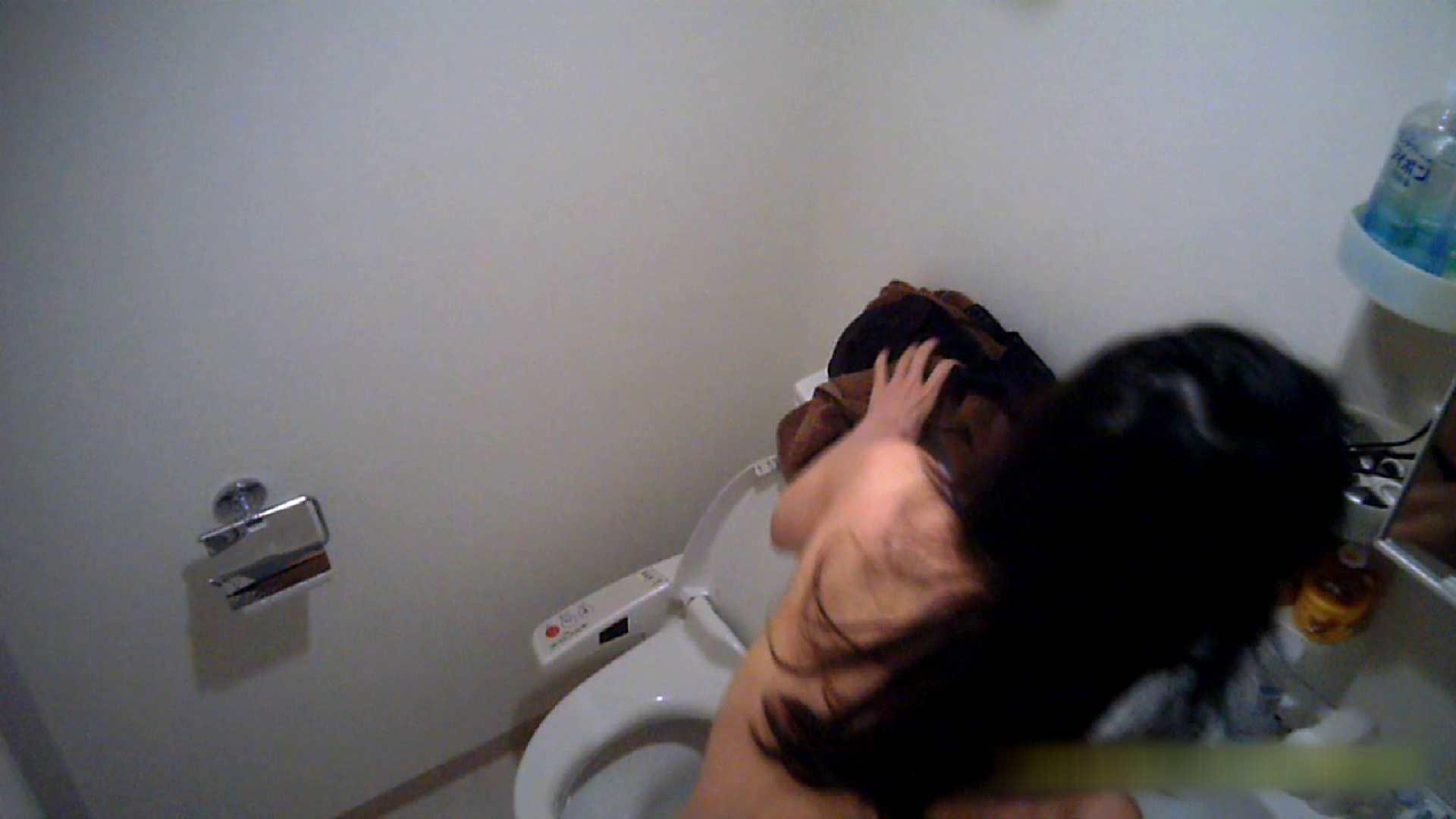清楚な顔してかなり敏感なE子25歳(仮名)Vol.05 裸でトイレ編 シャワー室 スケベ動画紹介 105画像 75
