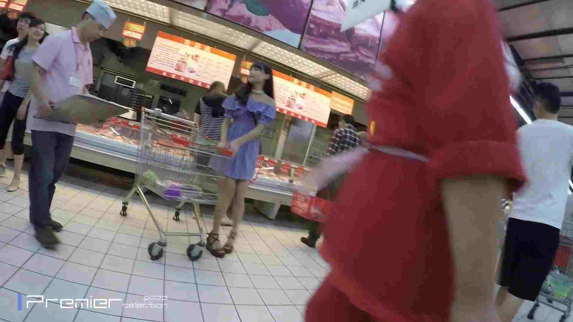 美女の下半身を粘着撮り!卑猥なパンチラ Vol.05 丸見え オマンコ無修正動画無料 83画像 2