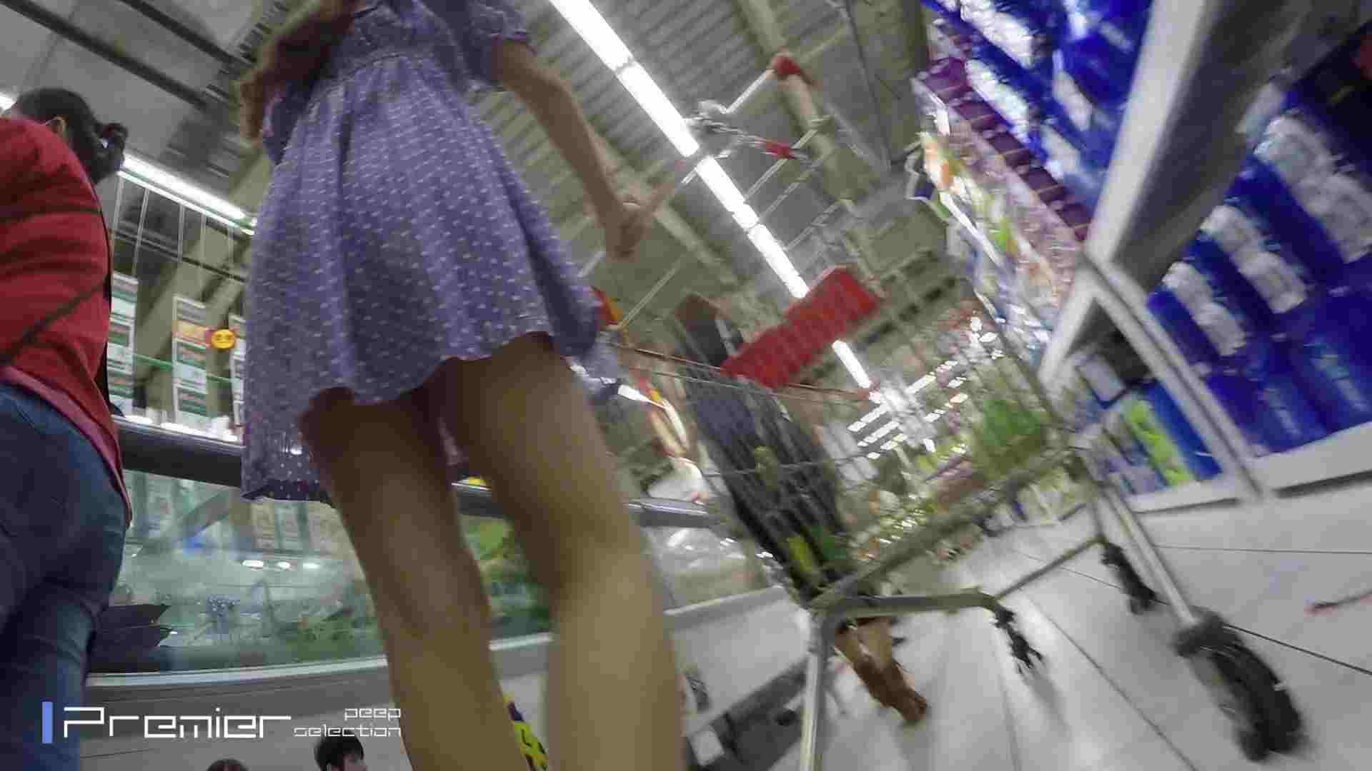 美女の下半身を粘着撮り!卑猥なパンチラ Vol.05 美肌 AV無料動画キャプチャ 83画像 67