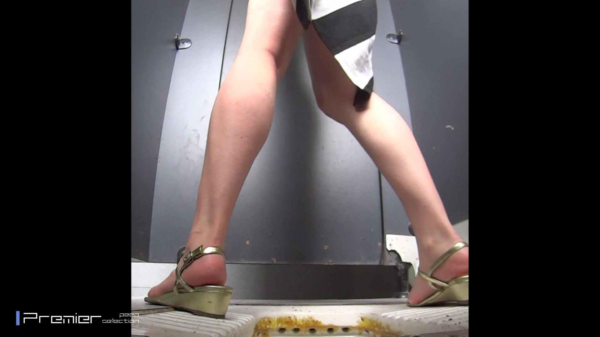 派手なJDトイレ盗撮 大学休憩時間の洗面所事情40 トイレで・・・ おまんこ無修正動画無料 102画像 23