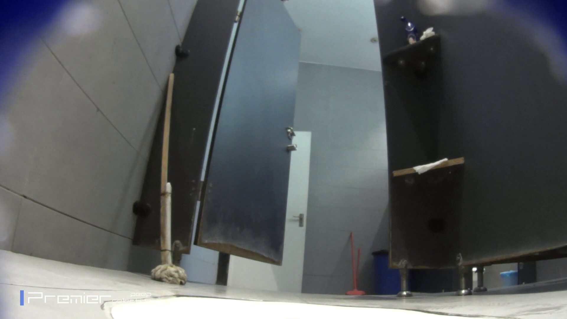 個室のドアを開けたまま放nyoする乙女 大学休憩時間の洗面所事情85 エッチなお姉さん オマンコ無修正動画無料 90画像 4