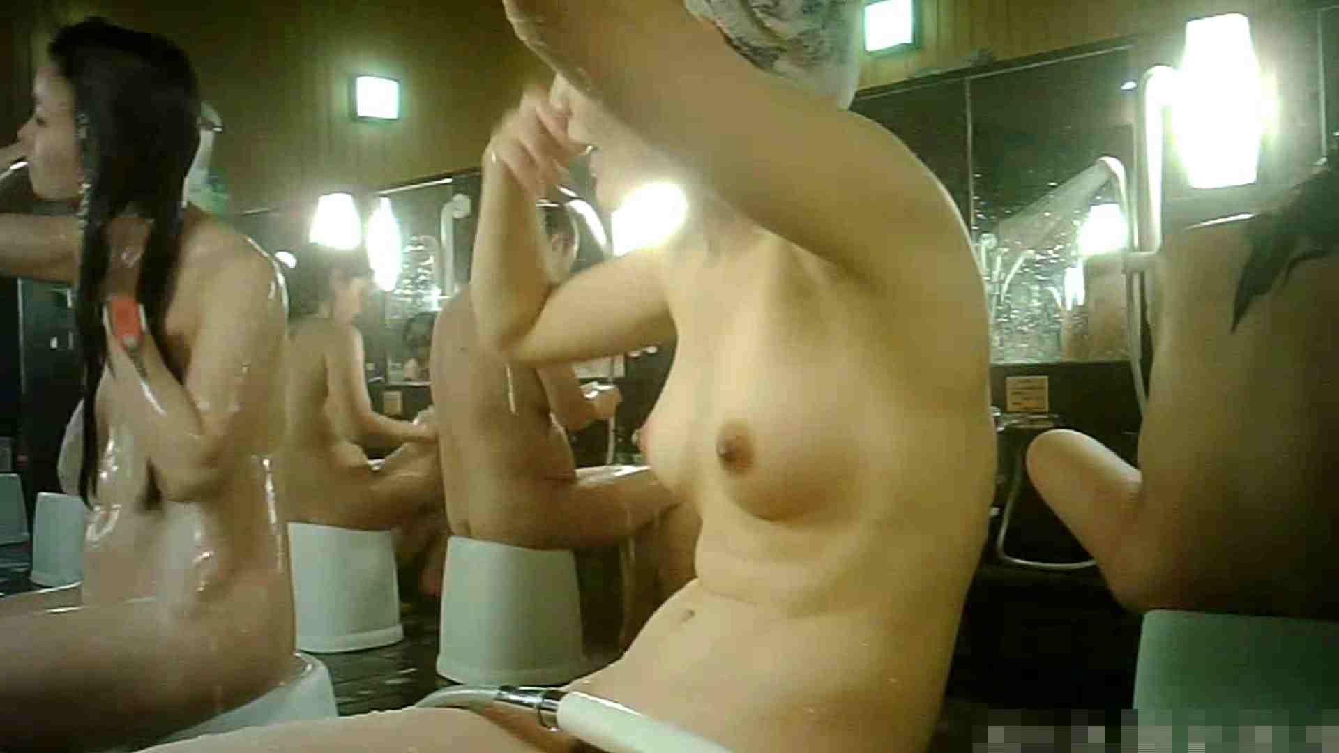 No.3 洗い場!!手前の嬢、特徴的な顔とコンパクトなおっぱい。 おっぱい のぞき 99画像 16
