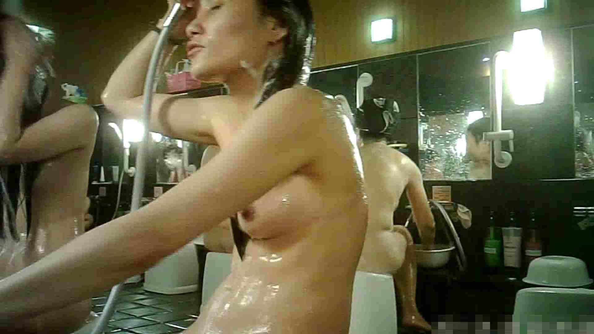 No.3 洗い場!!手前の嬢、特徴的な顔とコンパクトなおっぱい。 美肌 戯れ無修正画像 99画像 28