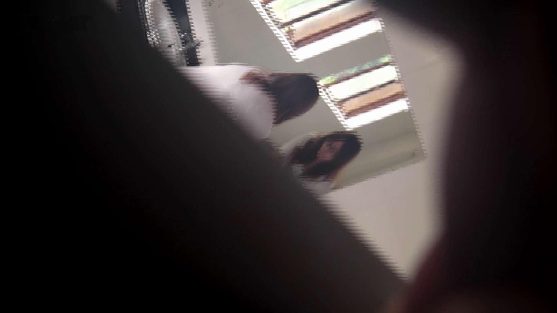 潜入!!台湾名門女学院 Vol.03 「中の中」と言ったところです。 洗面所シーン おめこ無修正画像 77画像 37