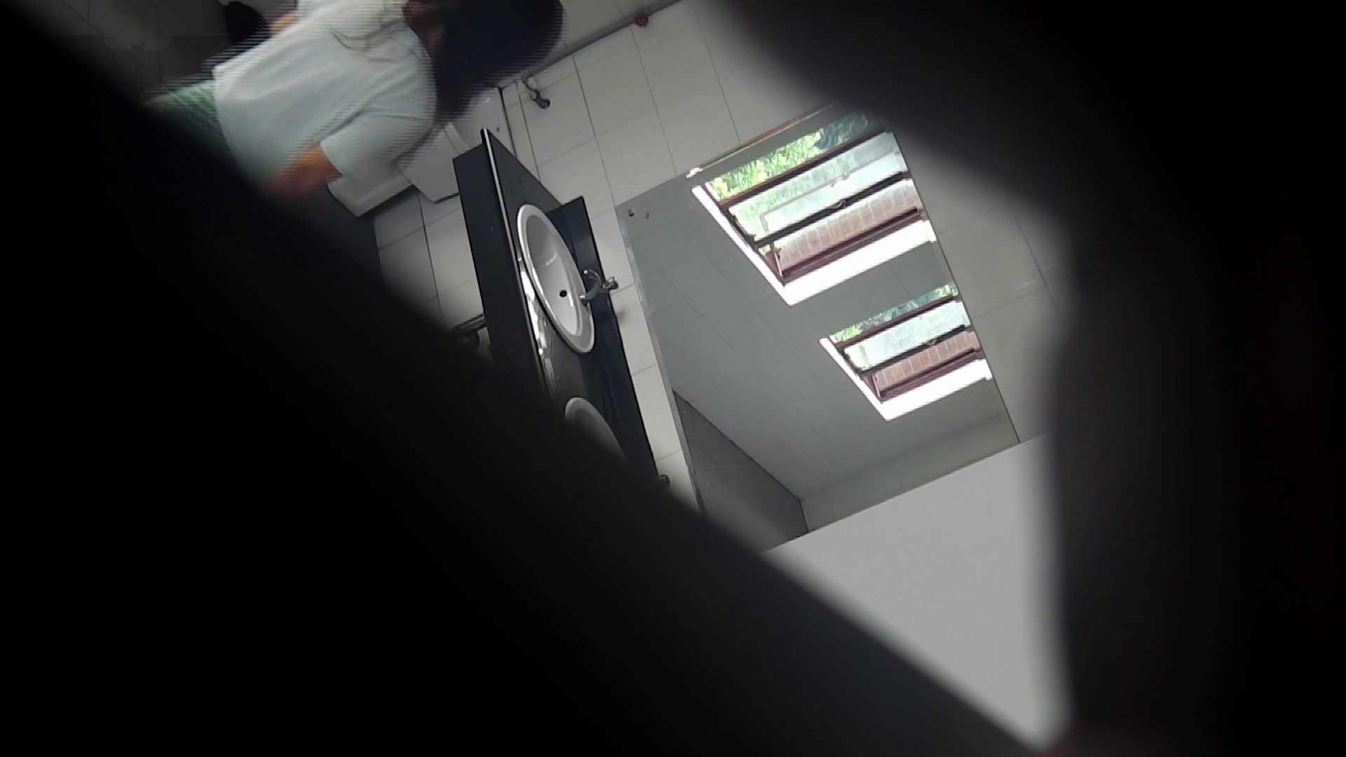 潜入!!台湾名門女学院 Vol.03 「中の中」と言ったところです。 盗撮・必見 | 高画質動画  77画像 57