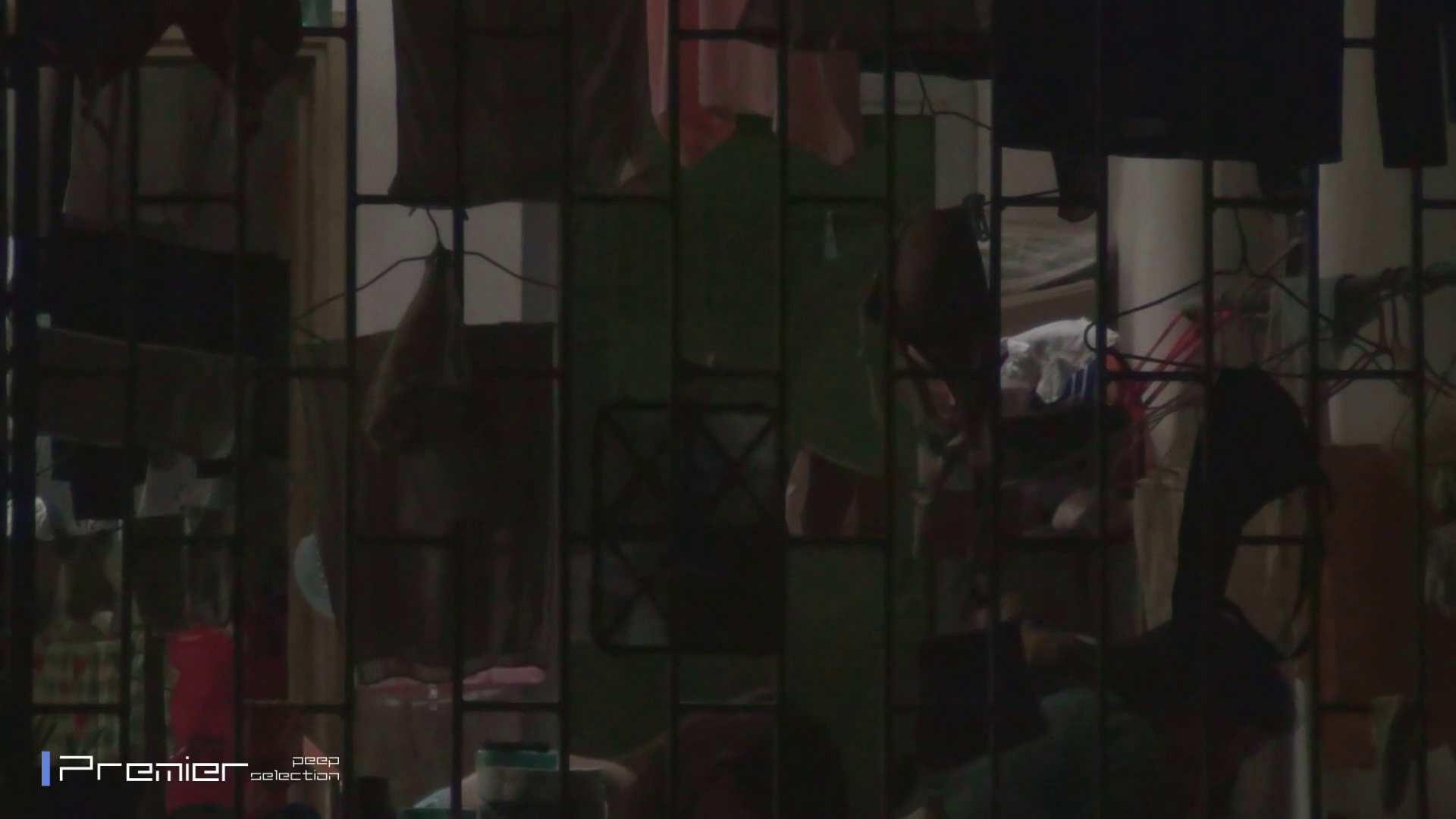 美女の痴態に密着!洗濯物を干す女 Vol.07 チラ AV無料 60画像 10