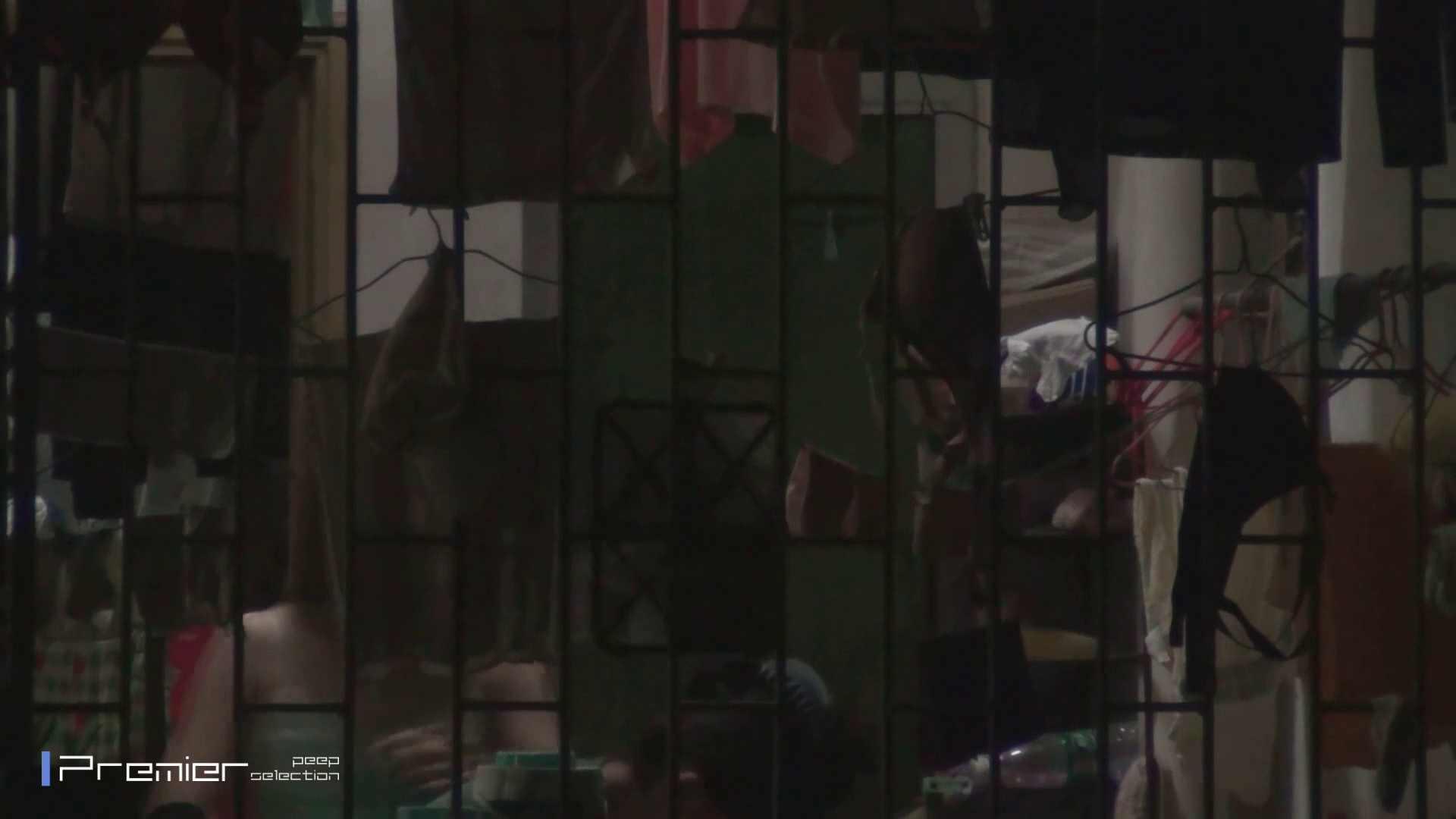美女の痴態に密着!洗濯物を干す女 Vol.07 洗面所シーン セックス画像 60画像 47