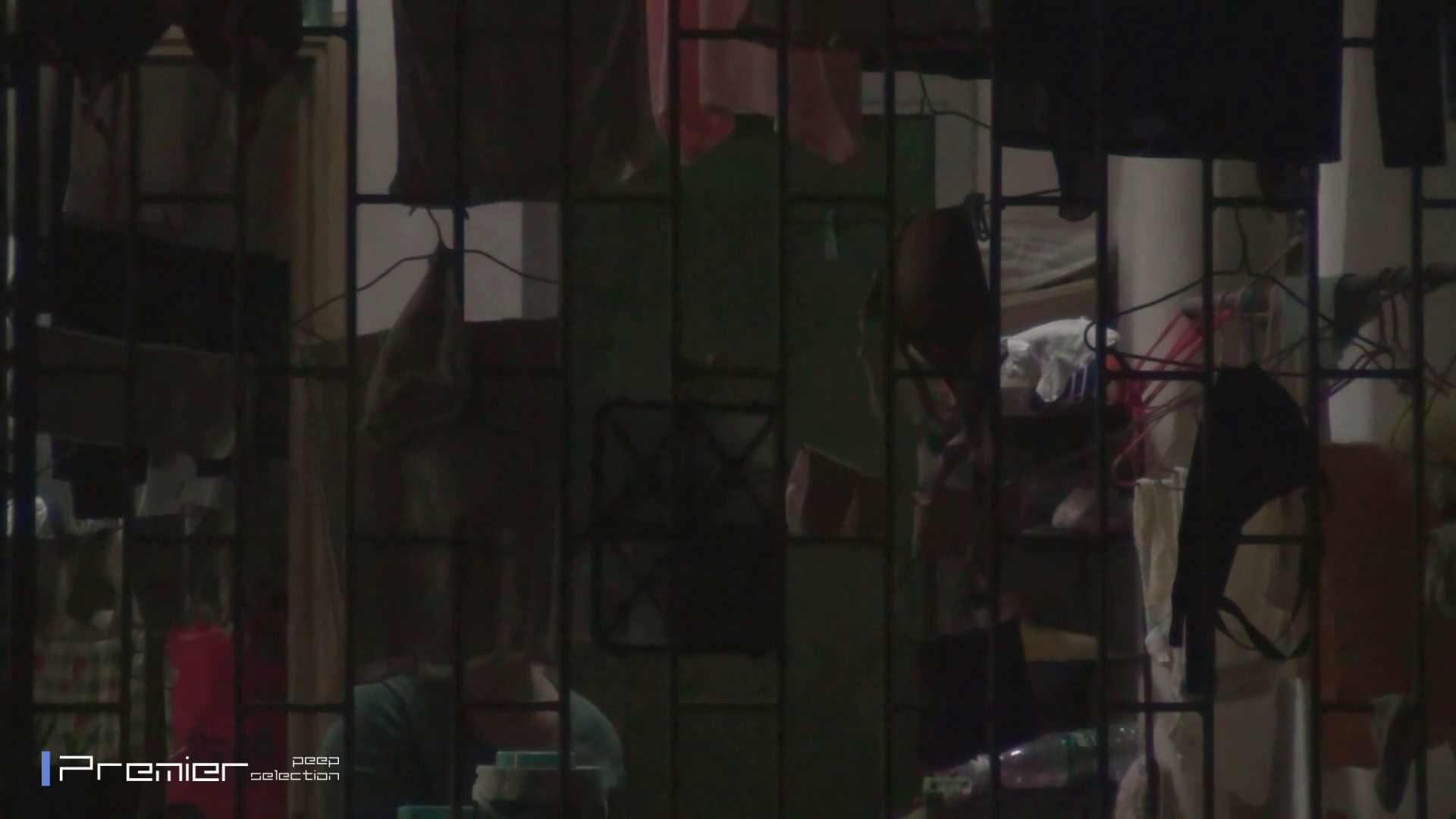 美女の痴態に密着!洗濯物を干す女 Vol.07 盗撮・必見 ぱこり動画紹介 60画像 49