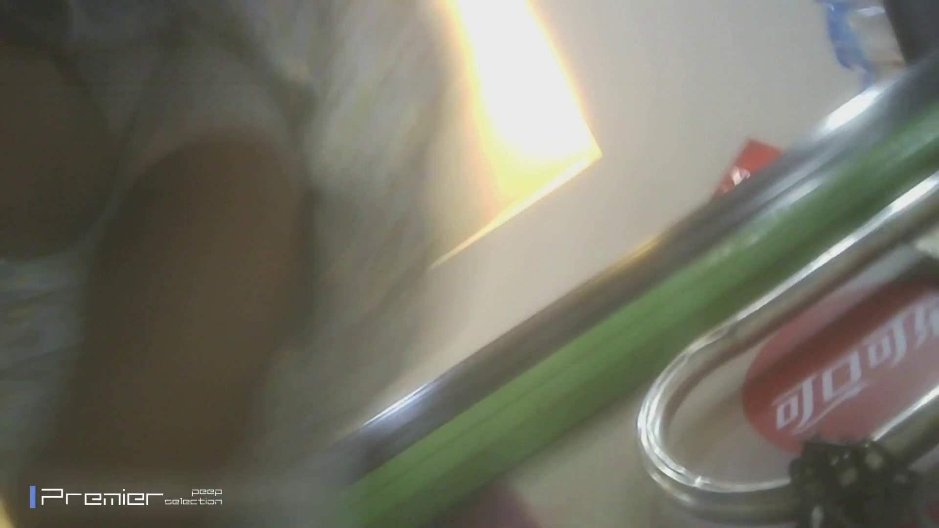 ギャルのパンチラ 美女の痴態に密着!Vol.16 美肌 アダルト動画キャプチャ 60画像 16