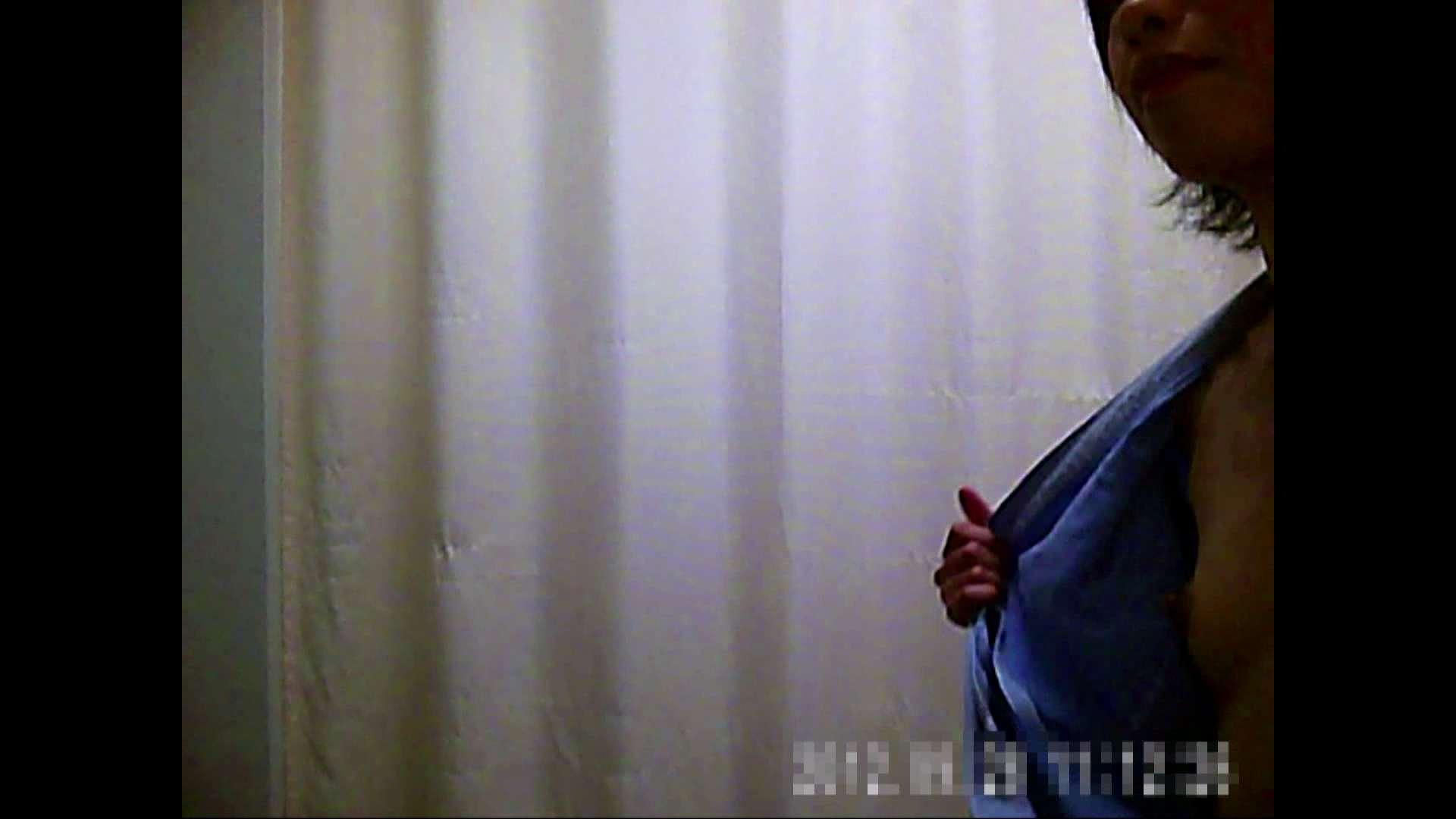 元医者による反抗 更衣室地獄絵巻 vol.073 盛合せ ヌード画像 16画像 14