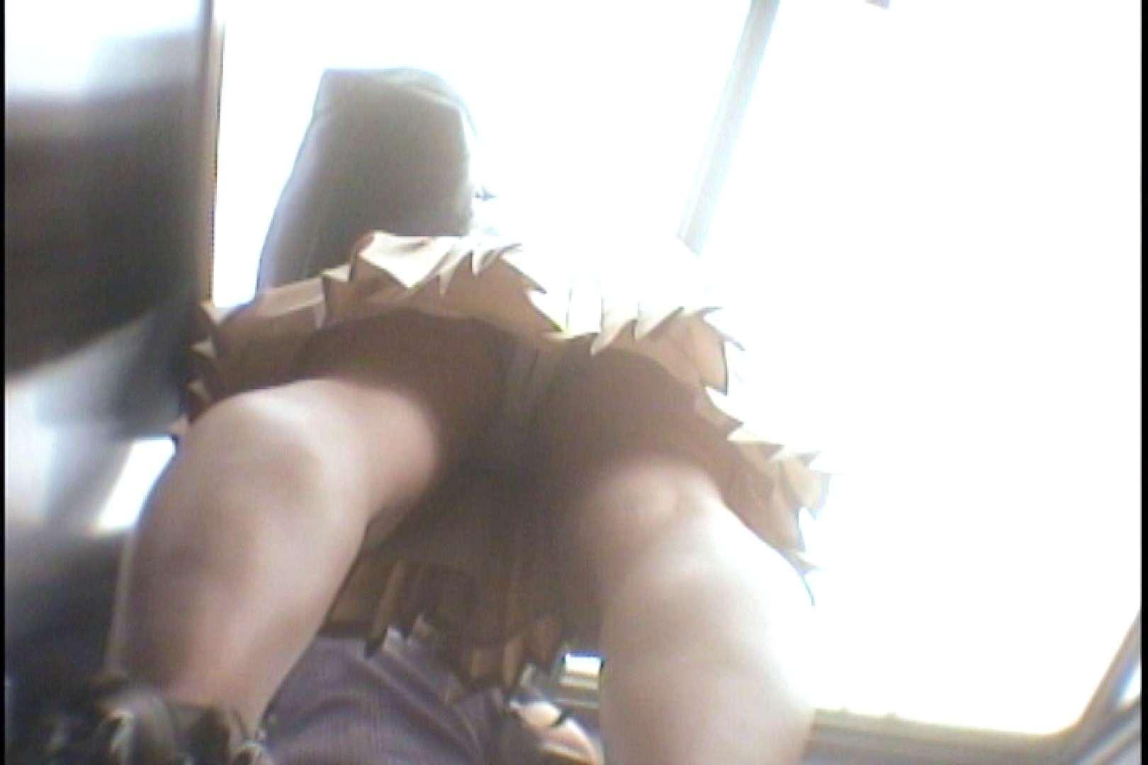 会員No.10 KAIさんのパンチラOL通勤の会 パンツ  30画像 28