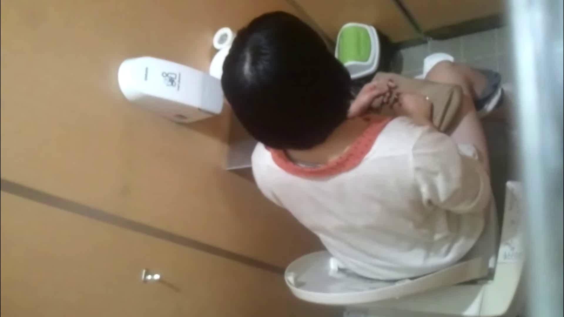 化粧室絵巻 商い場編 VOL.09 ちょっと追ったりしてみました。 女子トイレ編 おめこ無修正画像 93画像 76