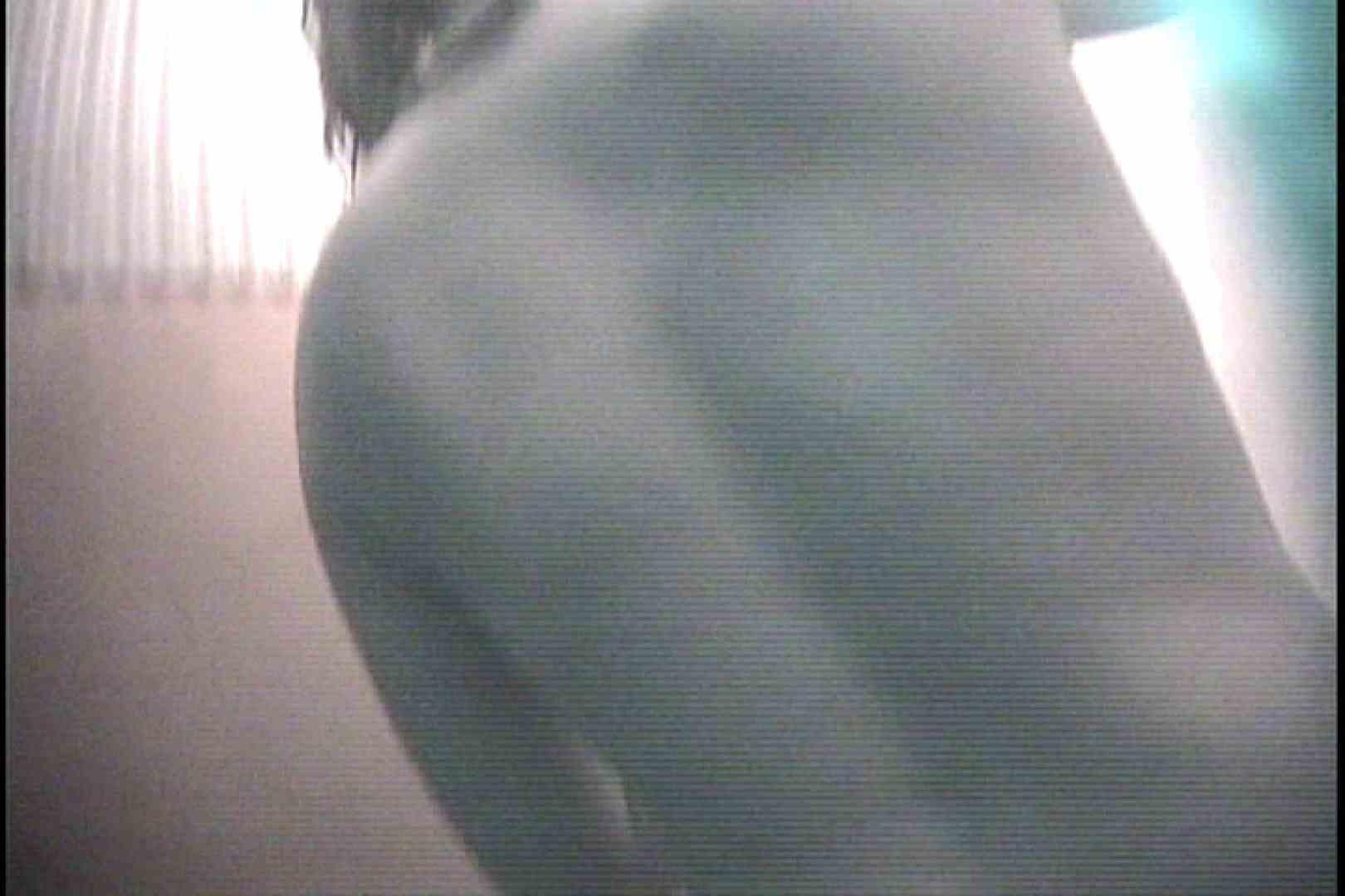 No.7 大きなお尻のぽっちゃり嬢は後ろから シャワー   シャワー室  61画像 7
