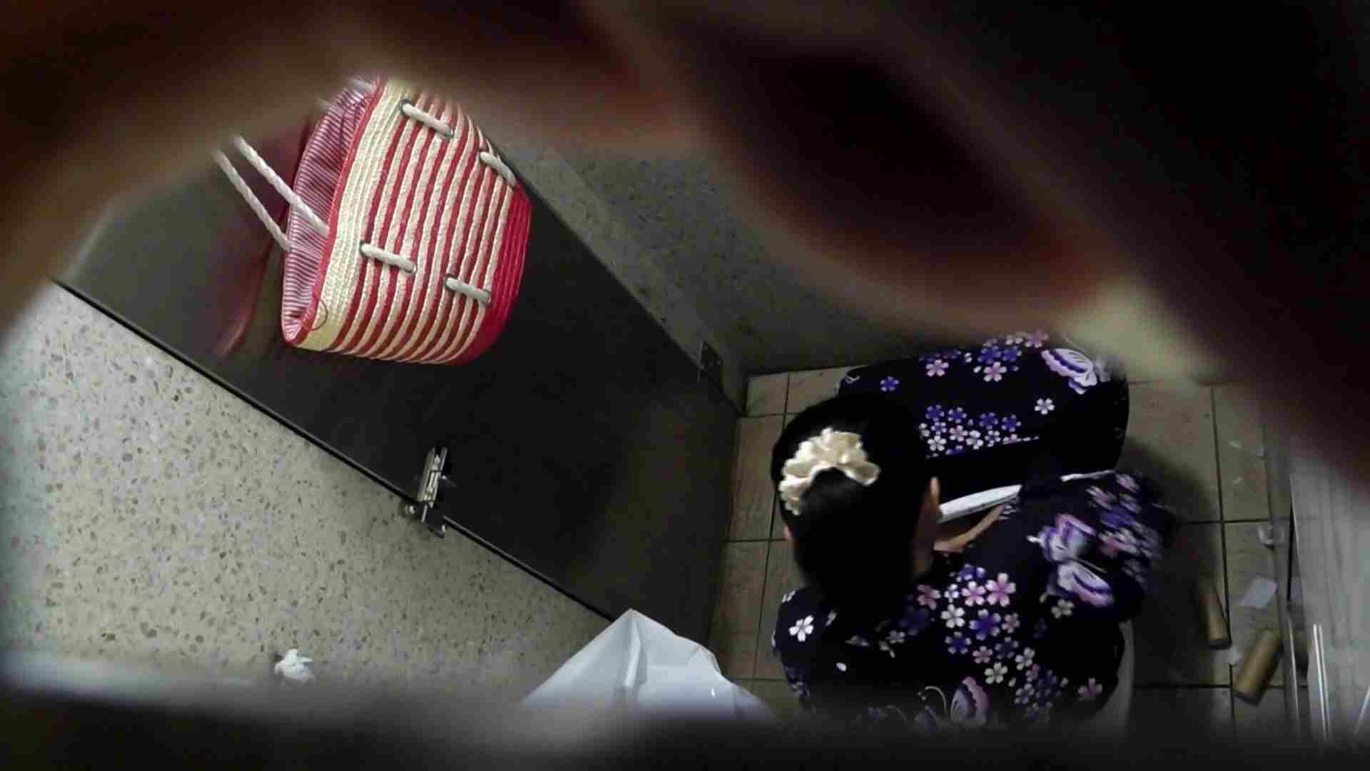 ▲復活限定▲マンコ丸見え!花火大会潜入撮 Vol.02 明るい場所に移動! ギャルズ ワレメ無修正動画無料 95画像 38