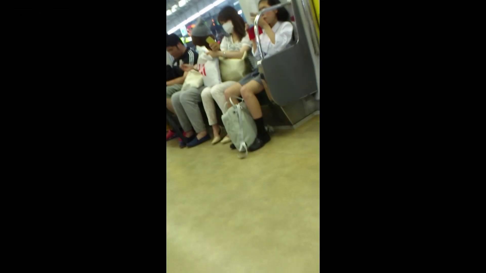 盗撮列車 vol.05 制月反のスカートの中が…見たいです。 期間限定作品 ワレメ動画紹介 64画像 8
