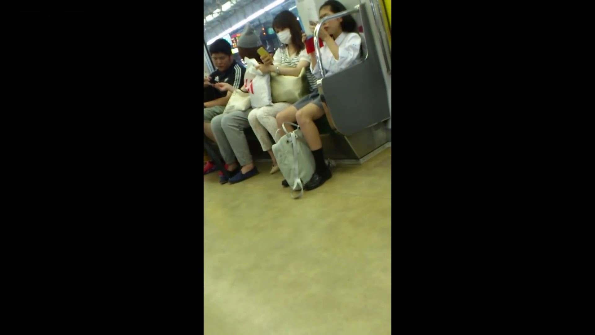 盗撮列車 vol.05 制月反のスカートの中が…見たいです。 隠れた名作 戯れ無修正画像 64画像 9