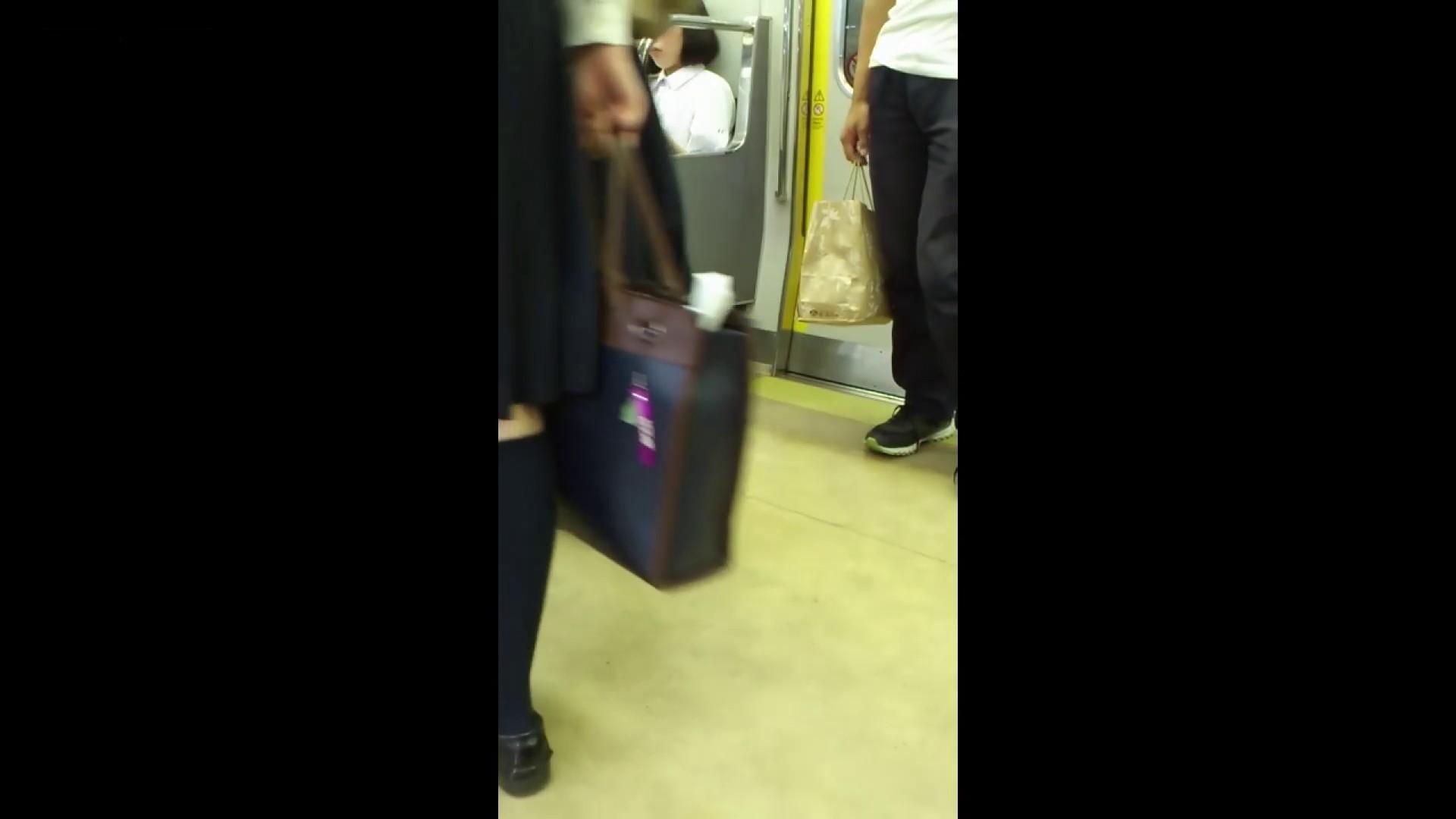 盗撮列車 vol.05 制月反のスカートの中が…見たいです。 高評価 セックス無修正動画無料 64画像 61