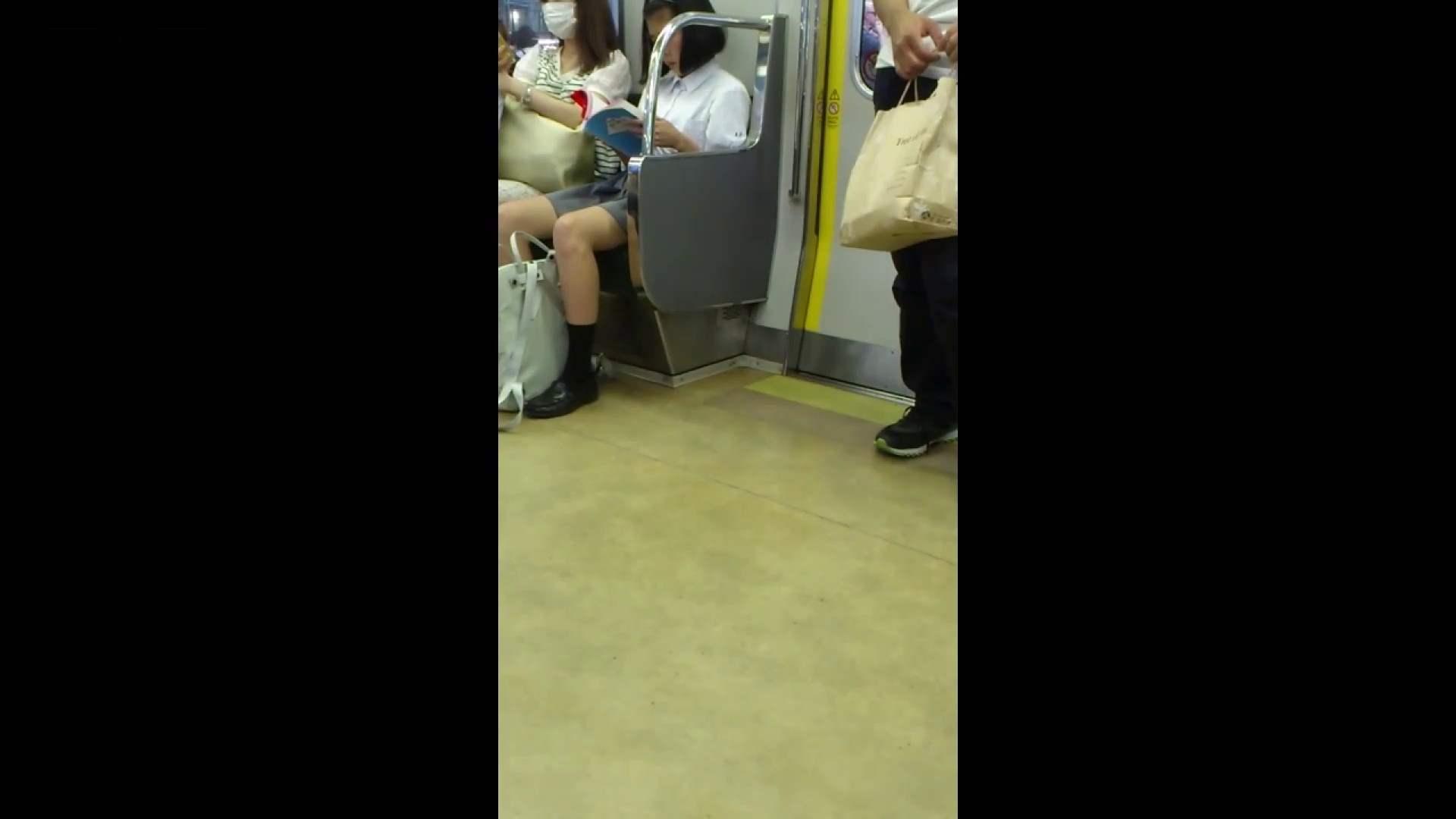 盗撮列車 vol.05 制月反のスカートの中が…見たいです。 期間限定作品 ワレメ動画紹介 64画像 63
