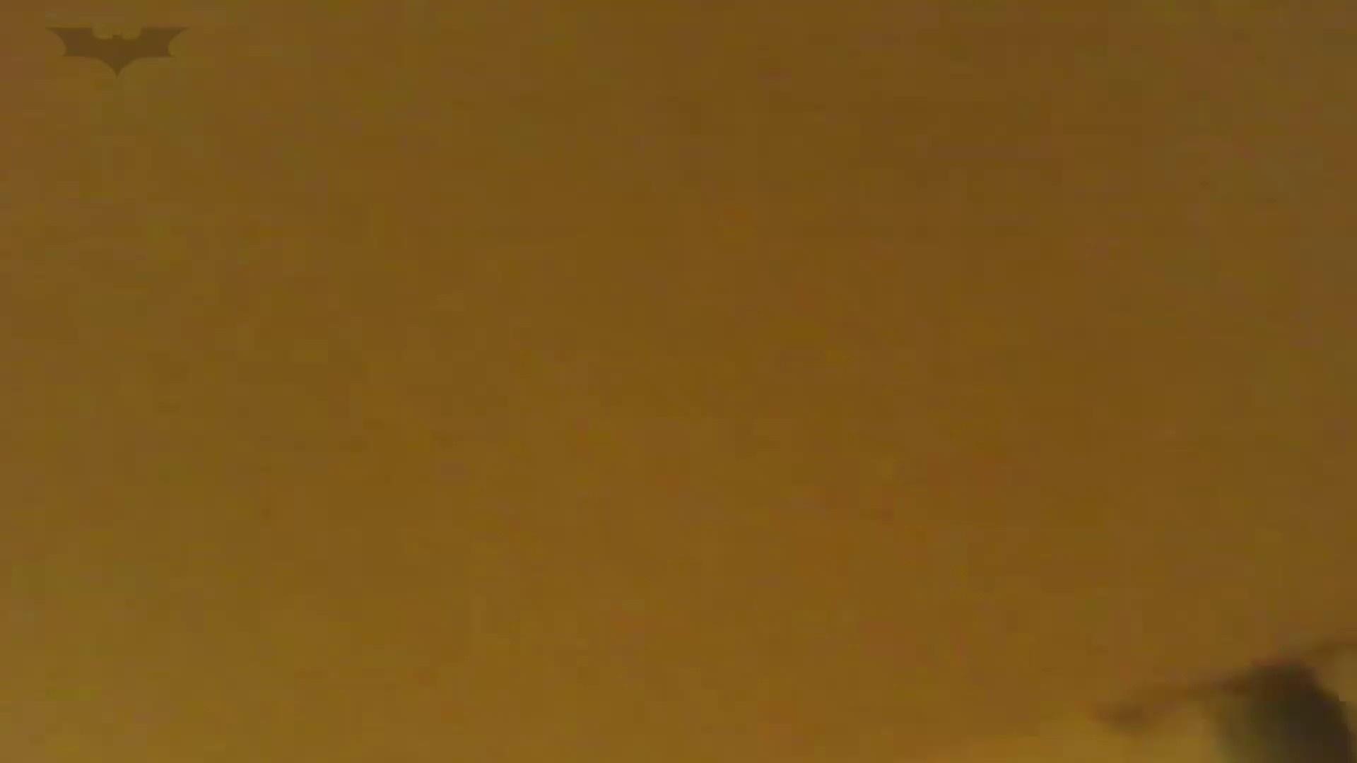 夏の思い出浜辺トイレ盗撮Vol.18 ギャルズ オマンコ無修正動画無料 40画像 26