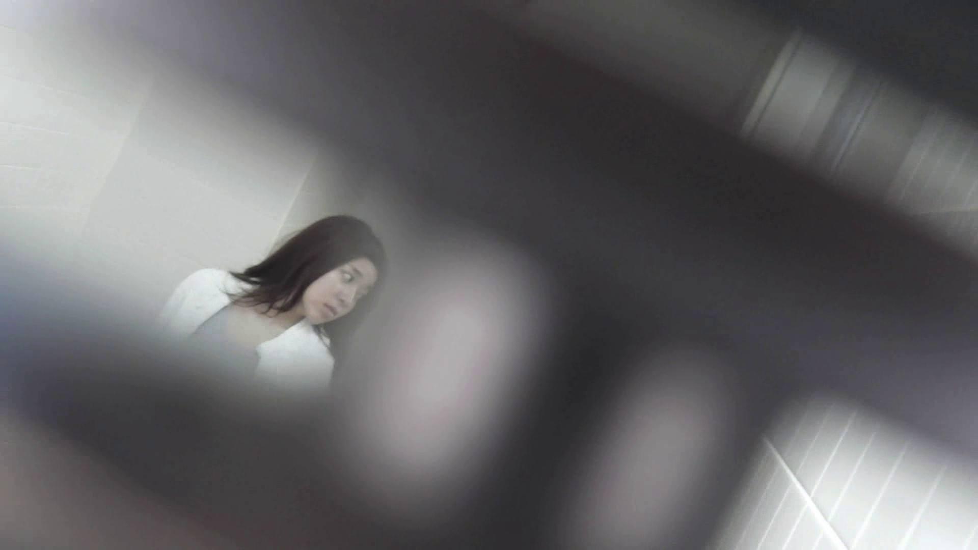 お銀さんの「洗面所突入レポート!!」 vol.30 粒ぞろい 美人なお姉さん AV無料動画キャプチャ 86画像 4