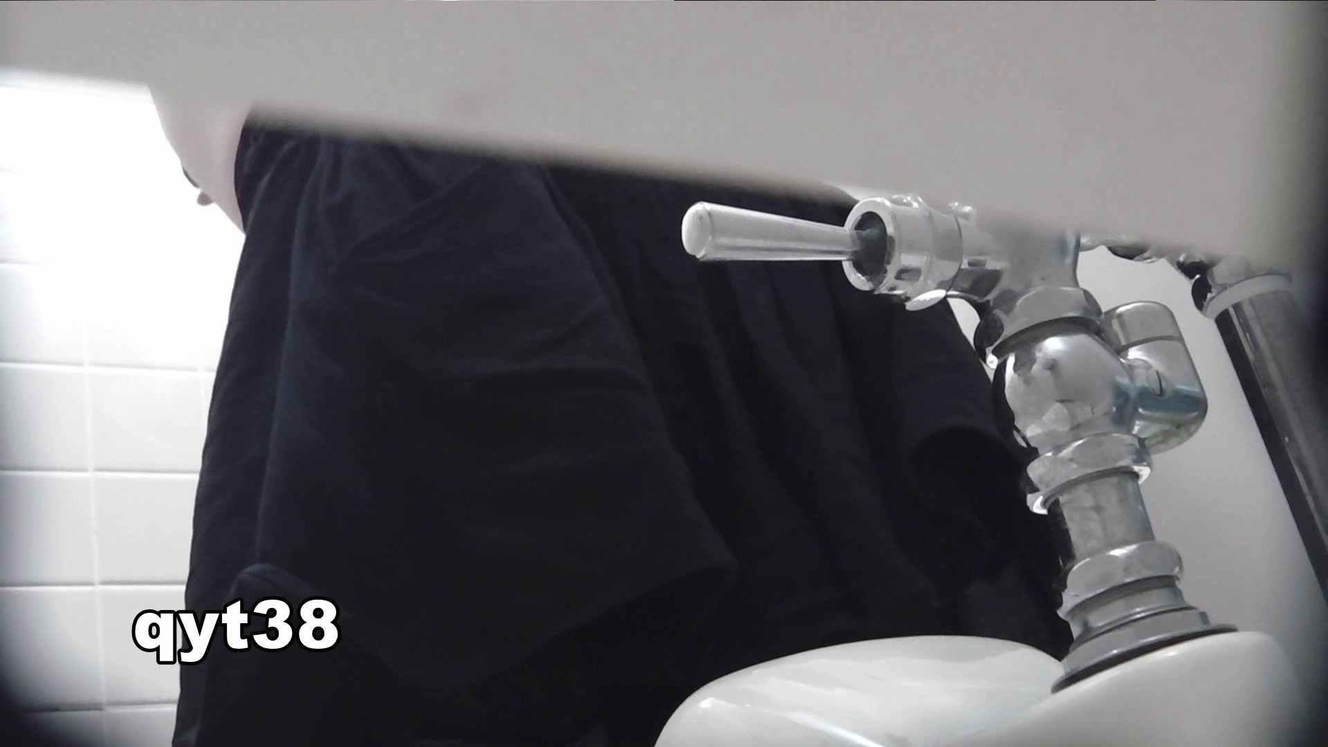お銀さんの「洗面所突入レポート!!」 vol.38 蛇玉的なイキオイ 美人なお姉さん 戯れ無修正画像 68画像 5