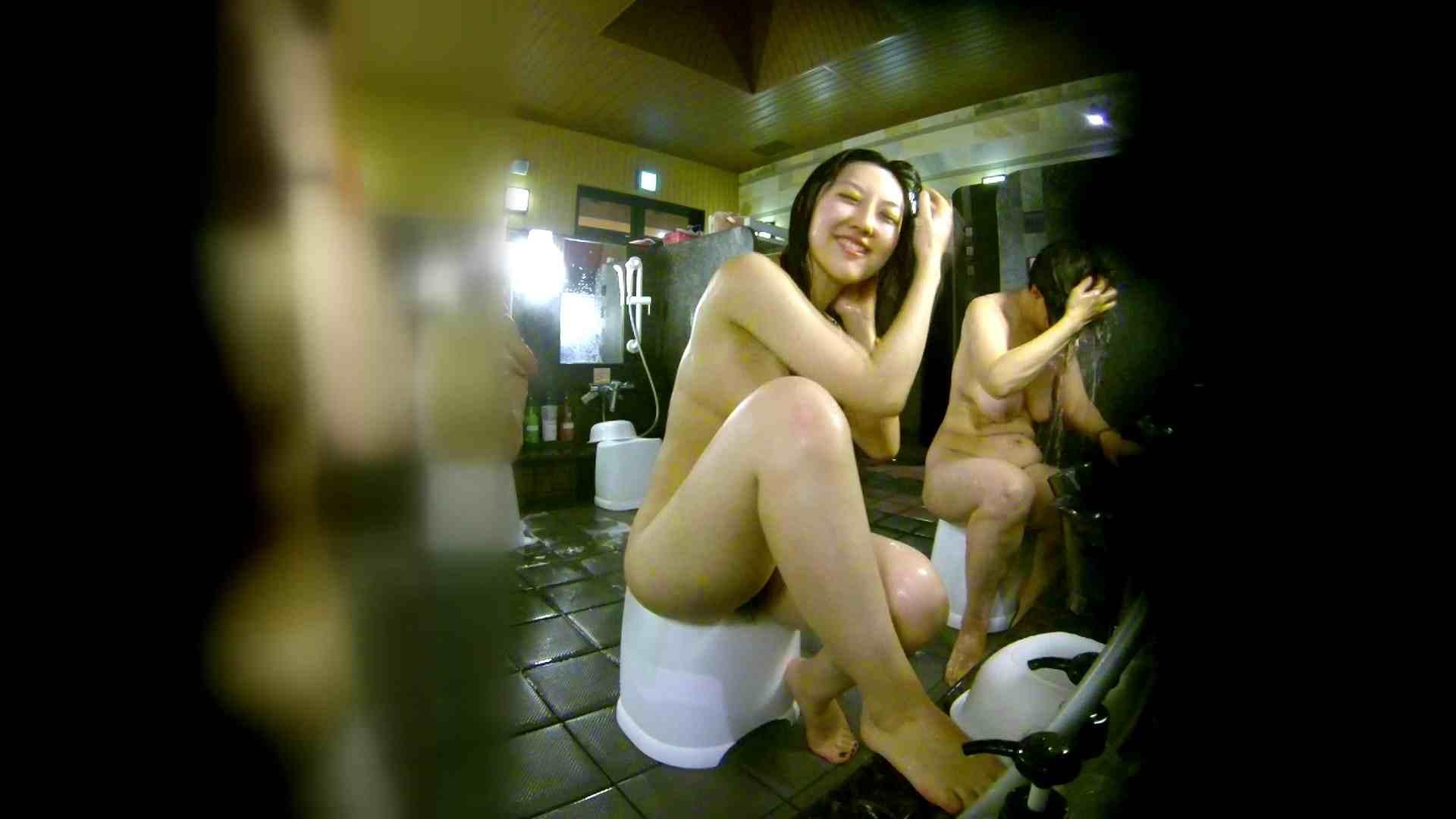 洗い場!右足の位置がいいですね。陰毛もっさり! 潜入 ワレメ無修正動画無料 74画像 27