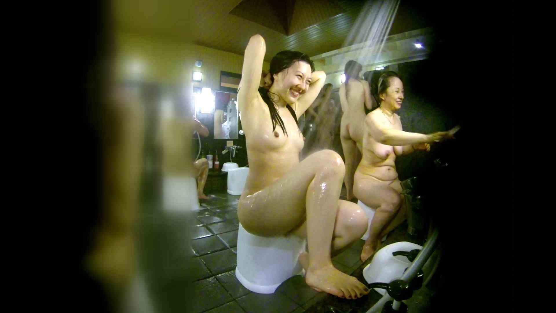 洗い場!右足の位置がいいですね。陰毛もっさり! 潜入 ワレメ無修正動画無料 74画像 34