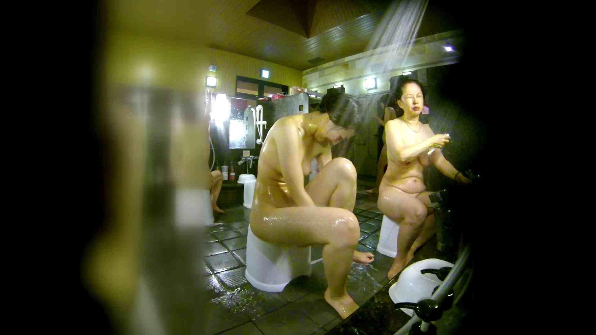 洗い場!右足の位置がいいですね。陰毛もっさり! 美肌 おめこ無修正画像 74画像 38