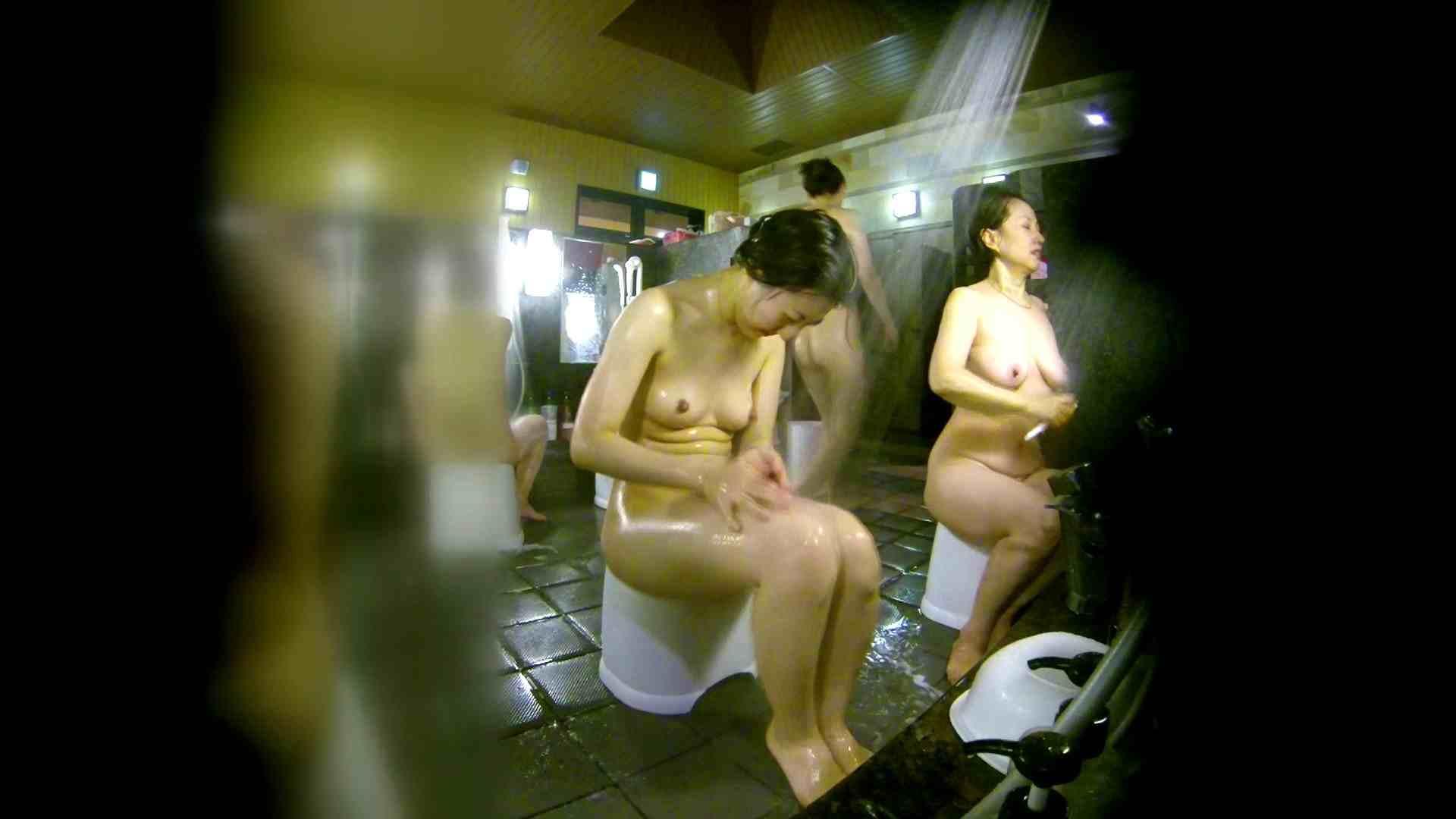 洗い場!右足の位置がいいですね。陰毛もっさり! 潜入 ワレメ無修正動画無料 74画像 41