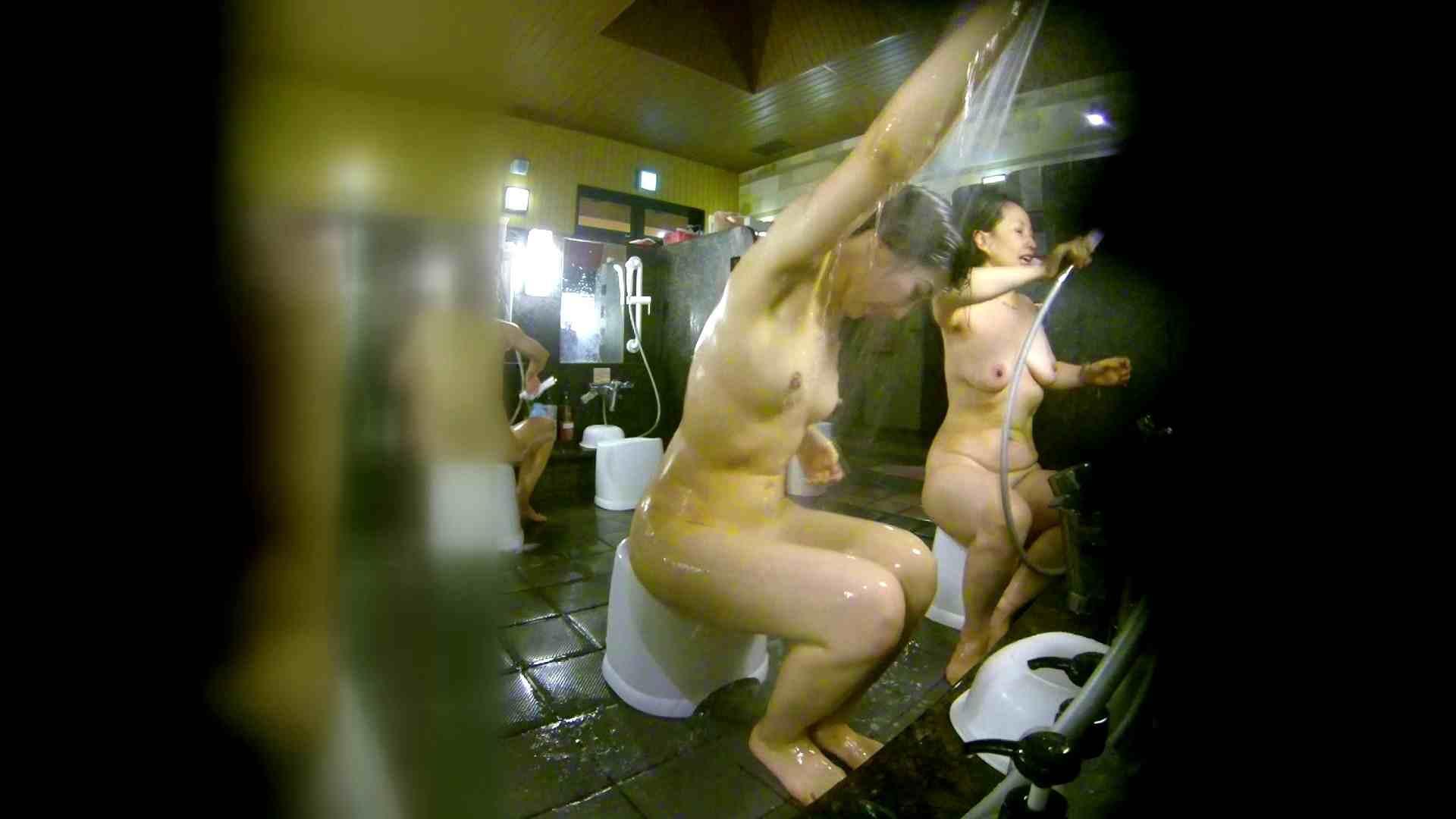 洗い場!右足の位置がいいですね。陰毛もっさり! 銭湯のぞき  74画像 42