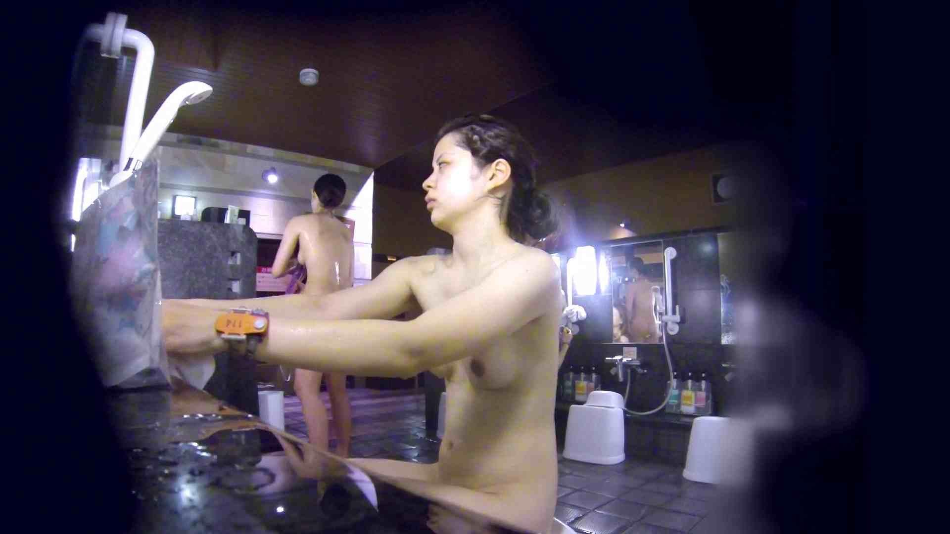 洗い場!腹肉をオッパイにしようとしてますが無理でしょうね。 潜入 おめこ無修正画像 95画像 13