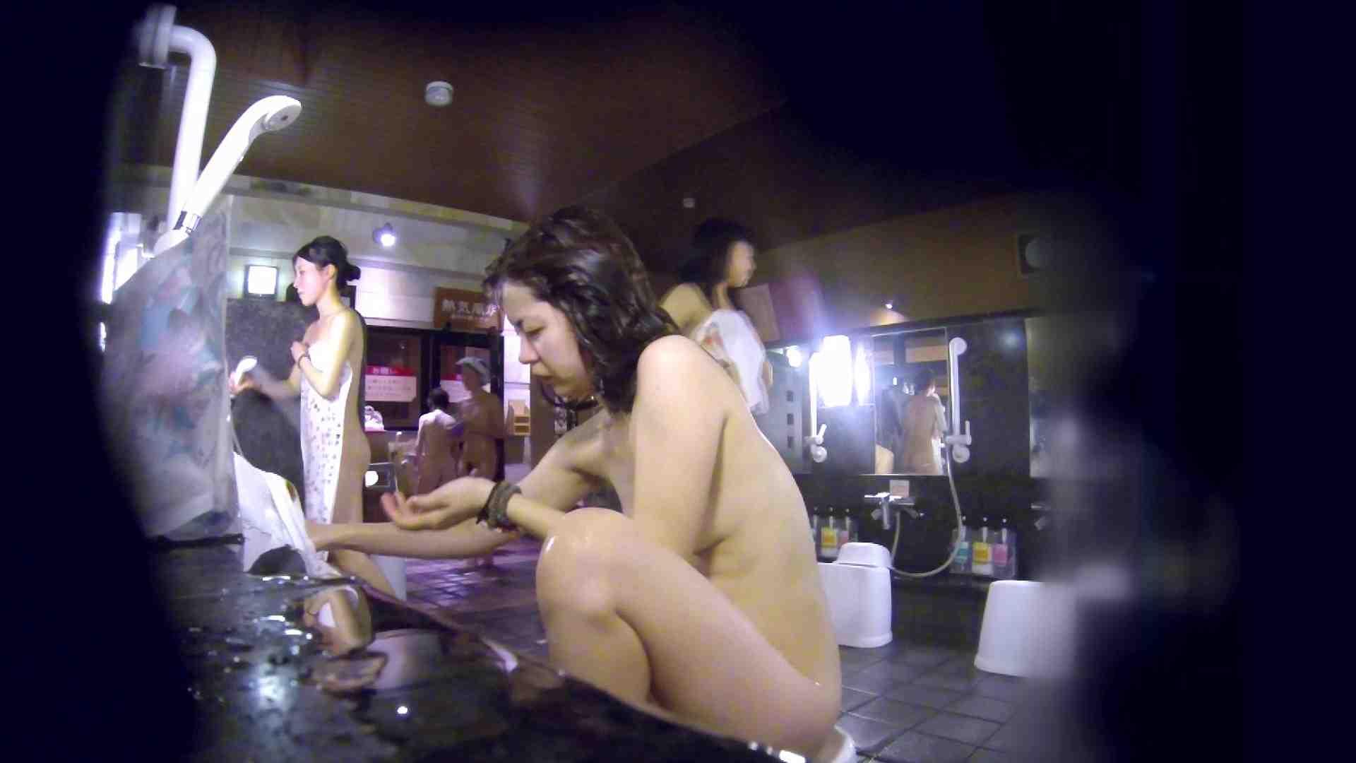 洗い場!腹肉をオッパイにしようとしてますが無理でしょうね。 美肌 AV動画キャプチャ 95画像 31