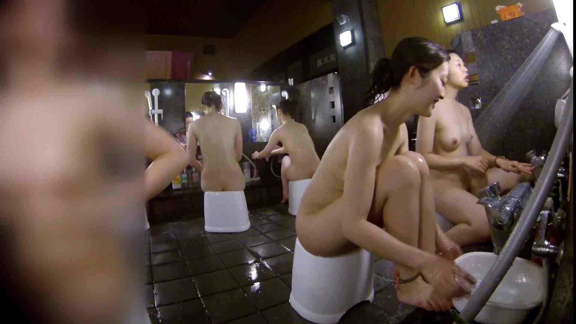 洗い場!地味目の女の子2人組。ずっと話しながら洗ってます。 潜入 オマンコ動画キャプチャ 55画像 5