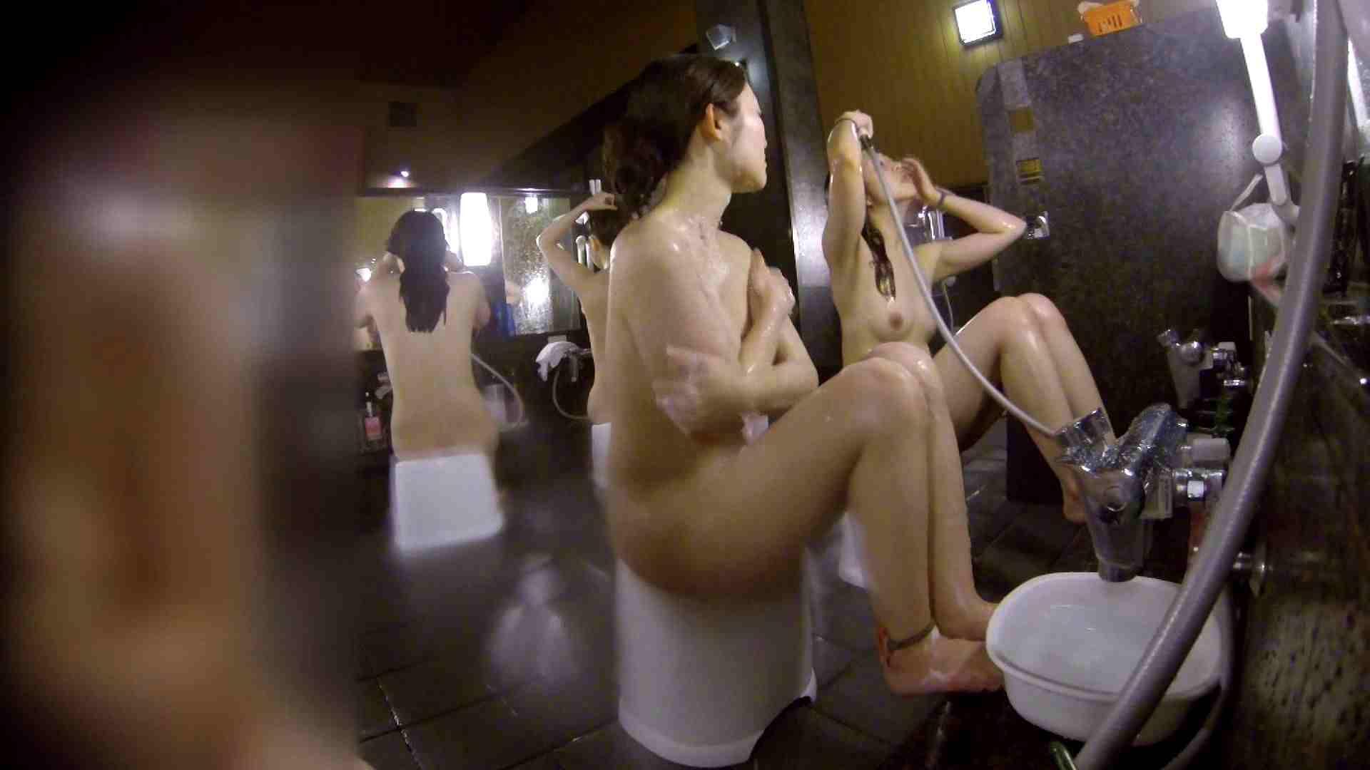 洗い場!地味目の女の子2人組。ずっと話しながら洗ってます。 潜入 オマンコ動画キャプチャ 55画像 37