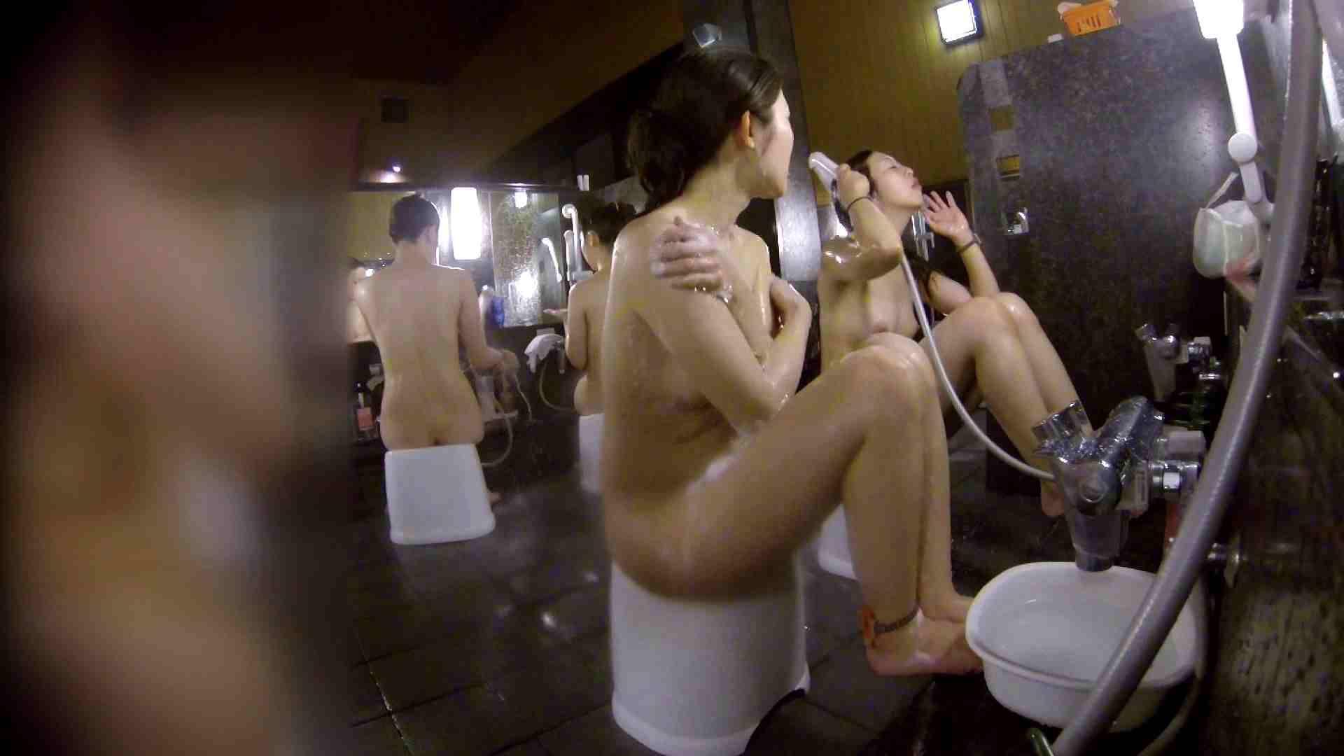 洗い場!地味目の女の子2人組。ずっと話しながら洗ってます。 銭湯のぞき 濡れ場動画紹介 55画像 39