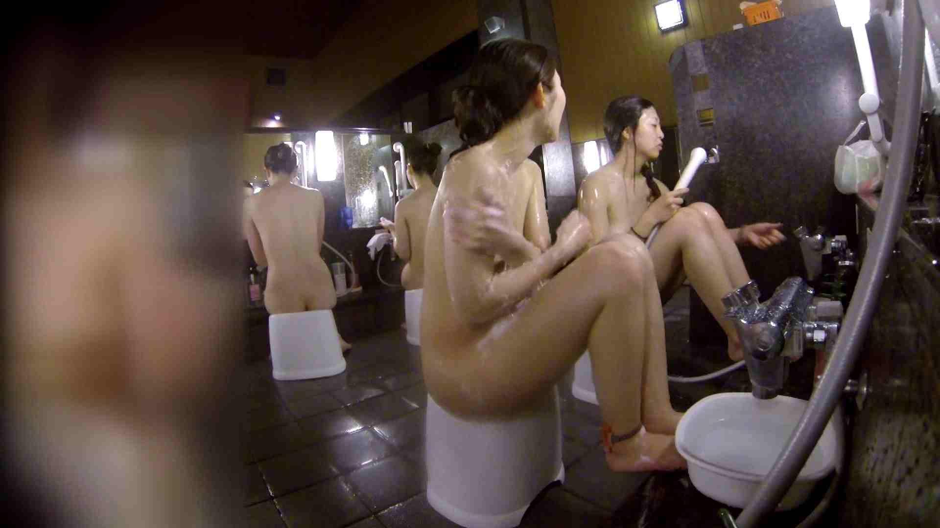 洗い場!地味目の女の子2人組。ずっと話しながら洗ってます。 女湯の中  55画像 40